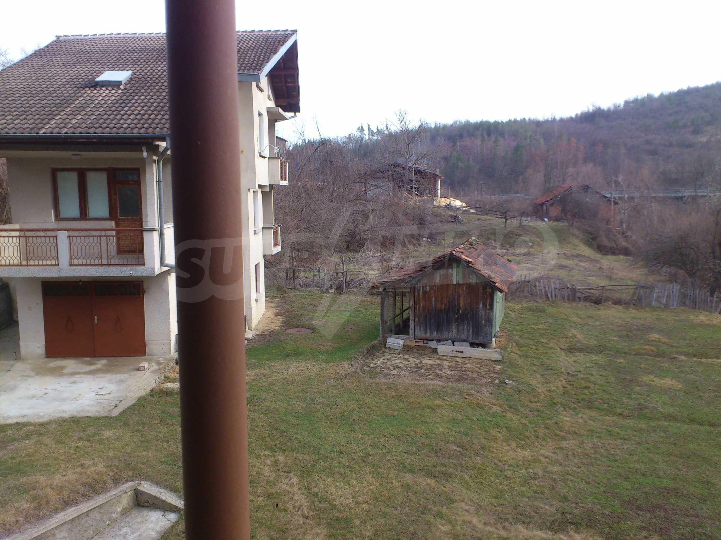 Dreistöckige Villa mit Garage am Flussufer und 32 km von Veliko Tarnovo entfernt 22