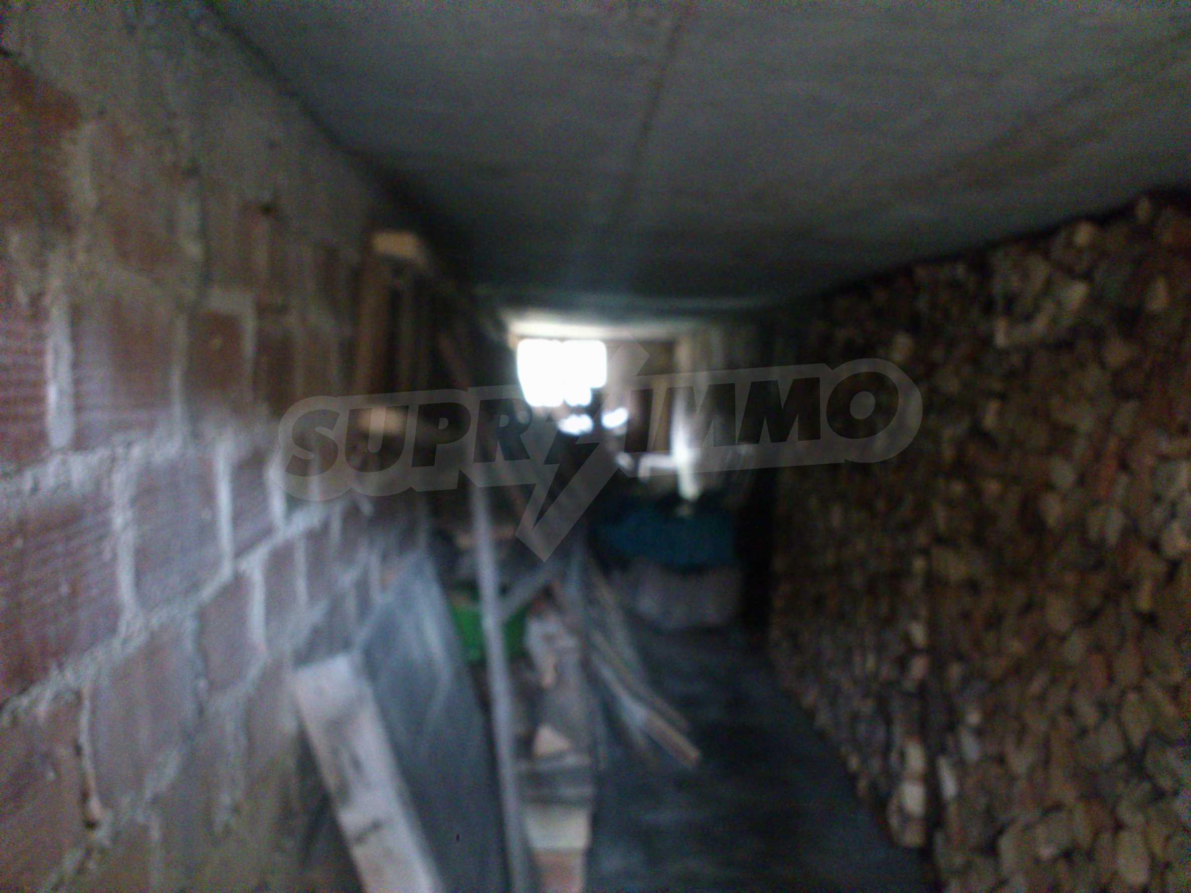 Dreistöckige Villa mit Garage am Flussufer und 32 km von Veliko Tarnovo entfernt 26