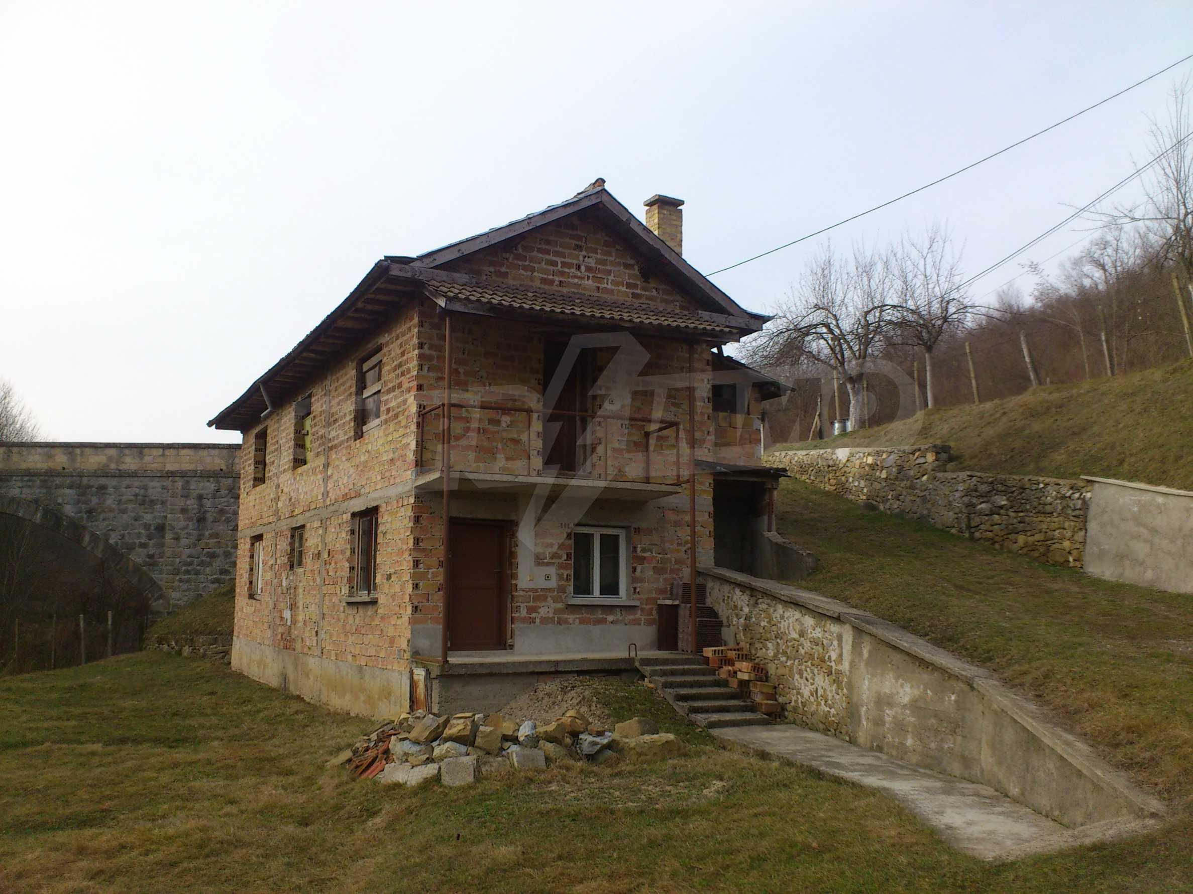 Dreistöckige Villa mit Garage am Flussufer und 32 km von Veliko Tarnovo entfernt 33