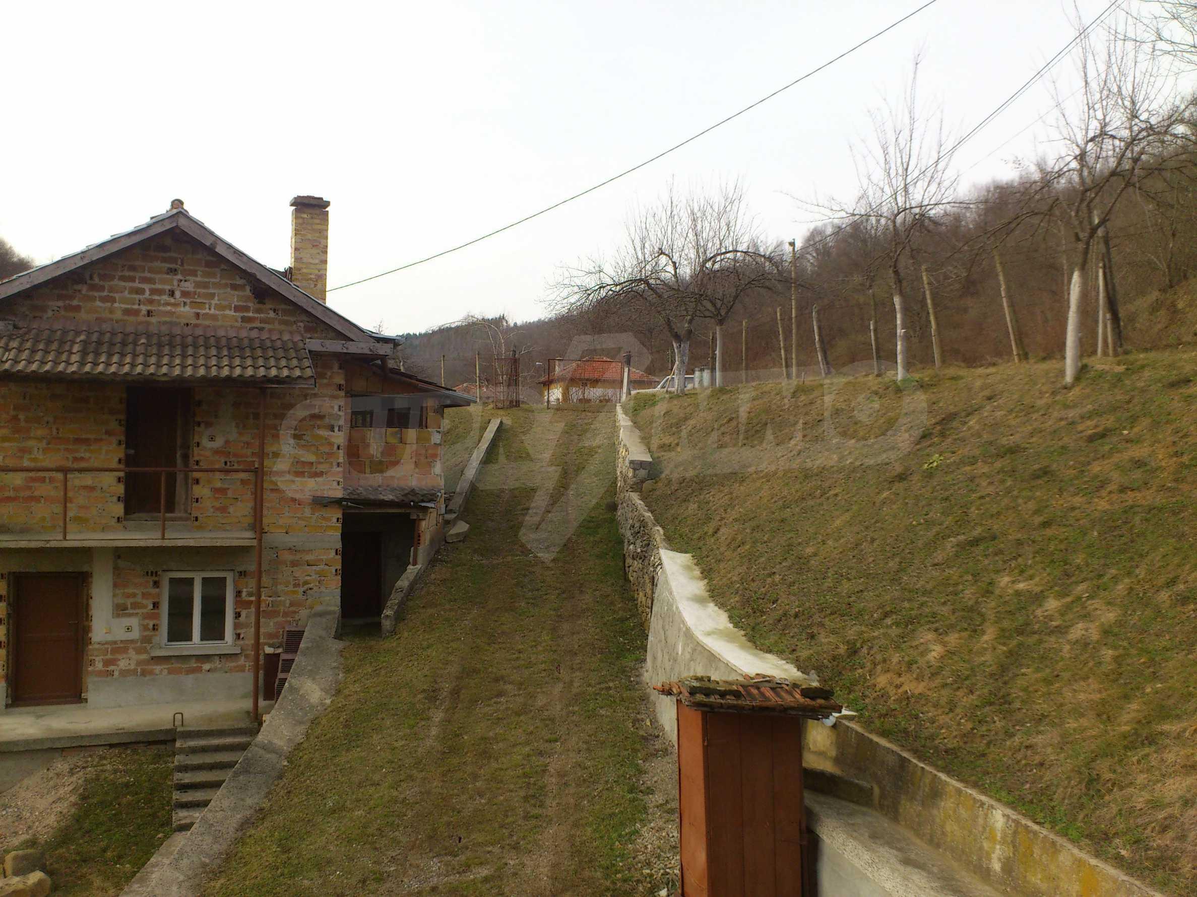 Dreistöckige Villa mit Garage am Flussufer und 32 km von Veliko Tarnovo entfernt 51
