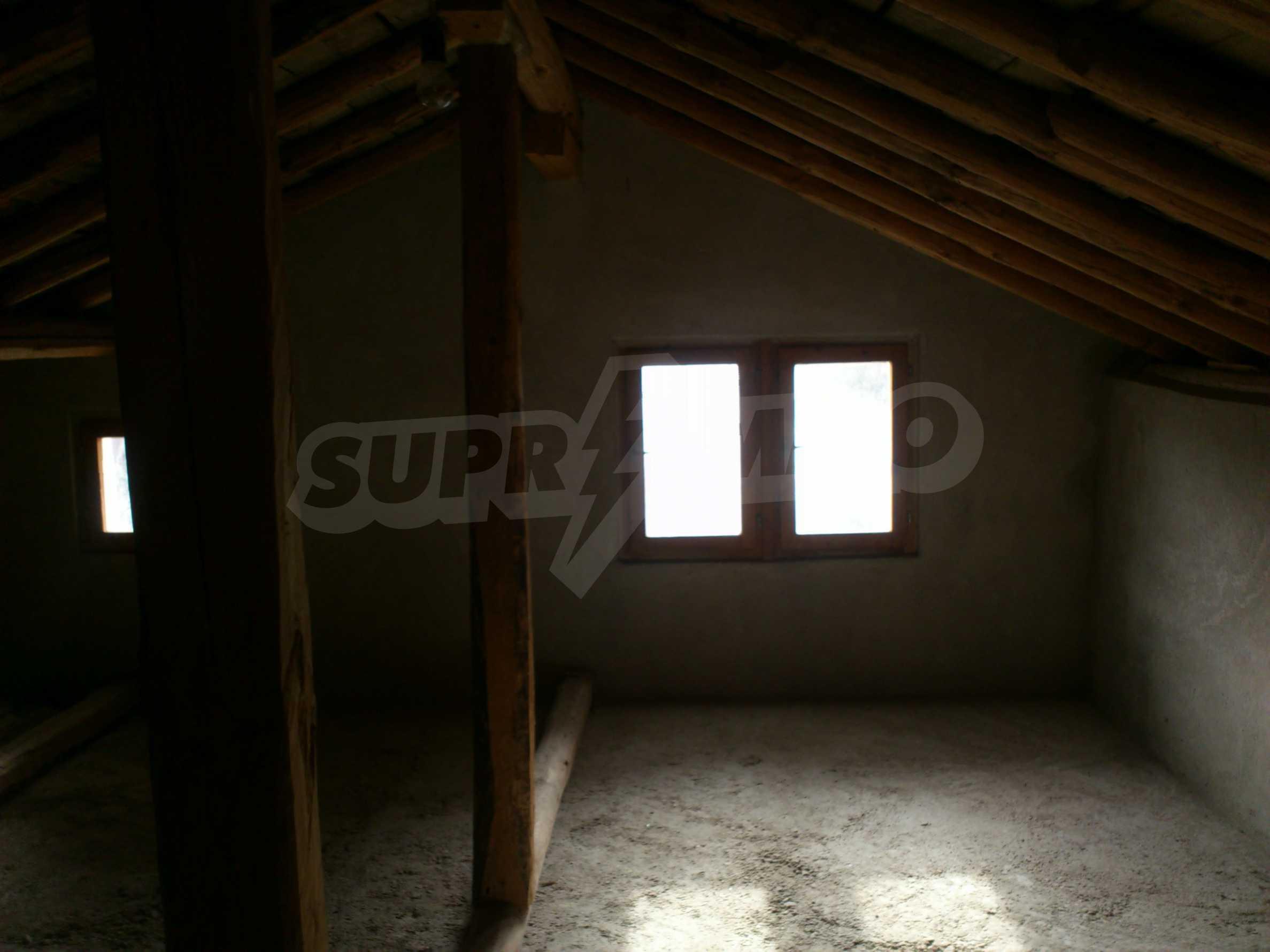 Dreistöckige Villa mit Garage am Flussufer und 32 km von Veliko Tarnovo entfernt 64