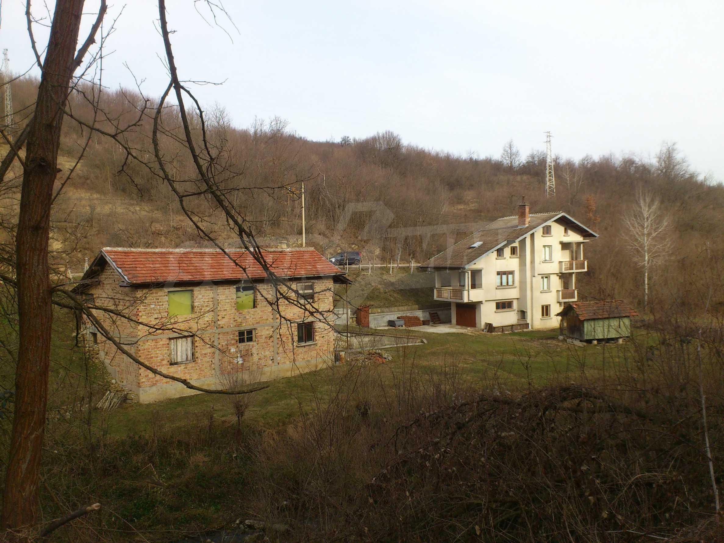 Dreistöckige Villa mit Garage am Flussufer und 32 km von Veliko Tarnovo entfernt 6
