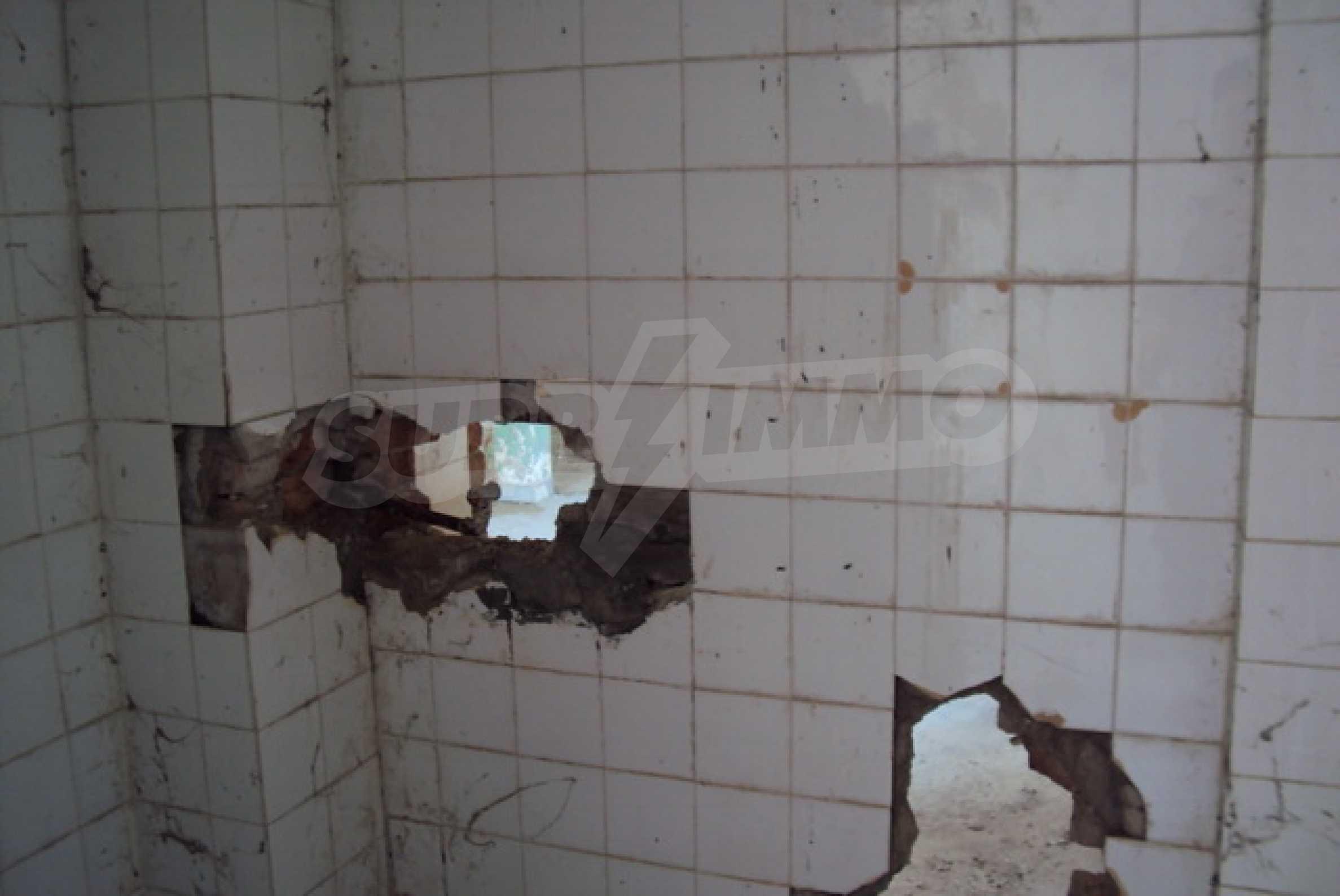 Продажа отеля/комплекса вблизи г. Велико Тырново 10