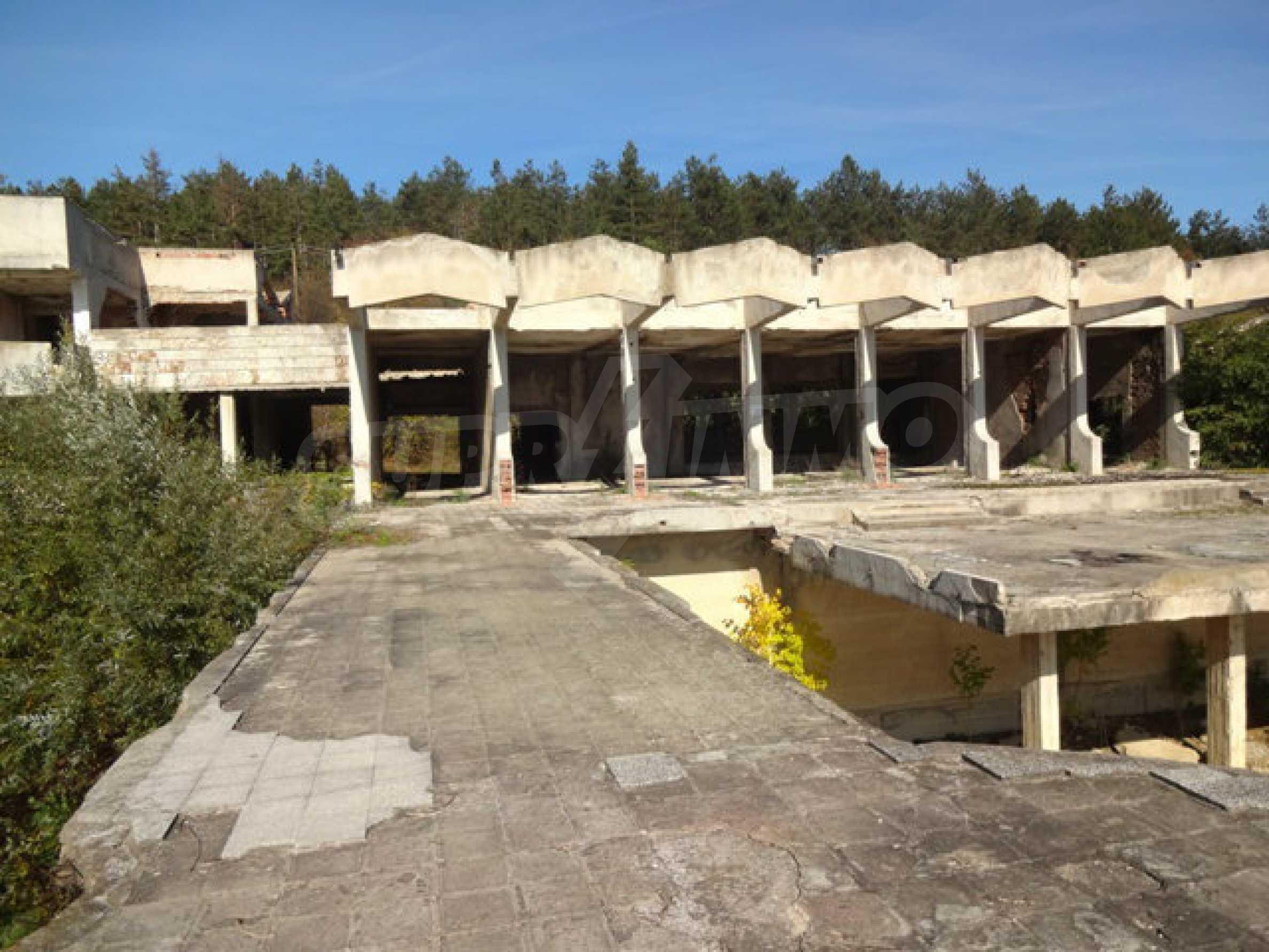 Продажа отеля/комплекса вблизи г. Велико Тырново 45
