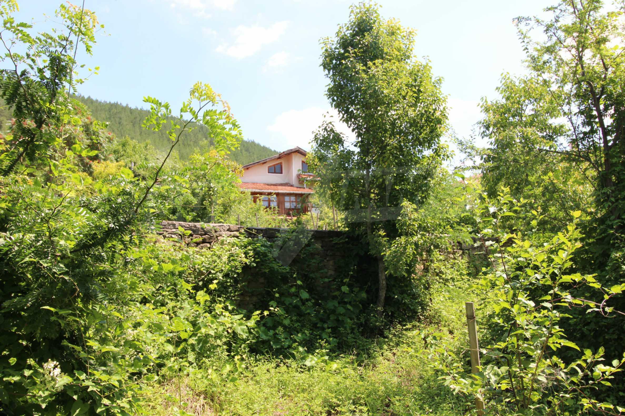 Голяма къща с механа на 6 км. от град  Велико Търново 31