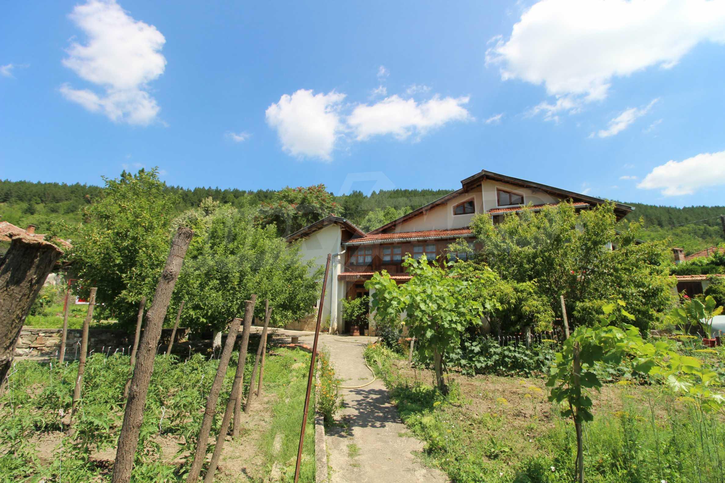 Голяма къща с механа на 6 км. от град  Велико Търново 32
