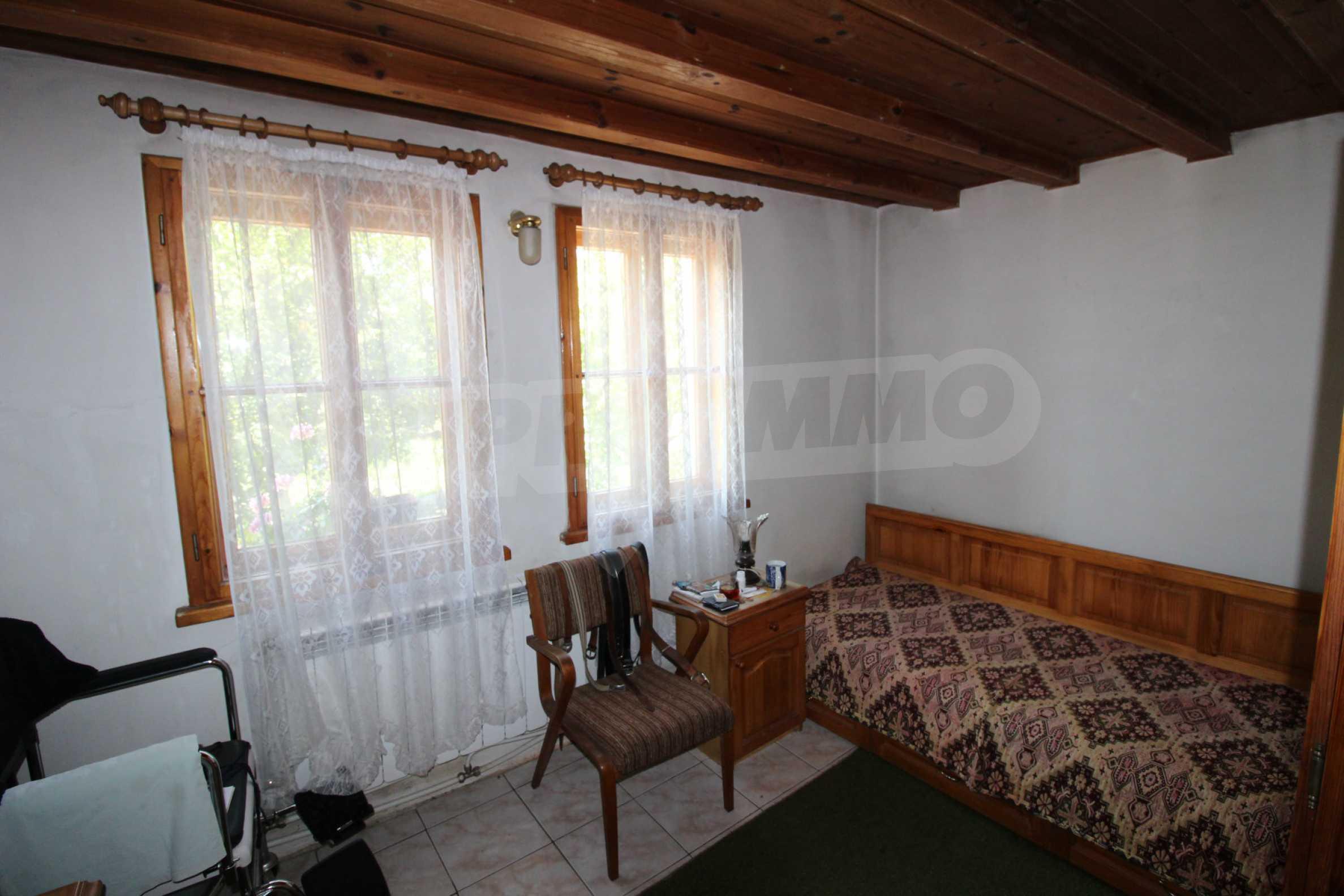Голяма къща с механа на 6 км. от град  Велико Търново 8