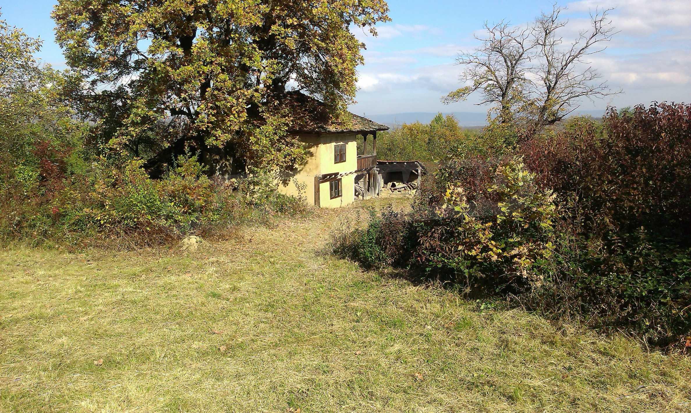 Двуетажна къща в красиво планинско село, до езеро 15