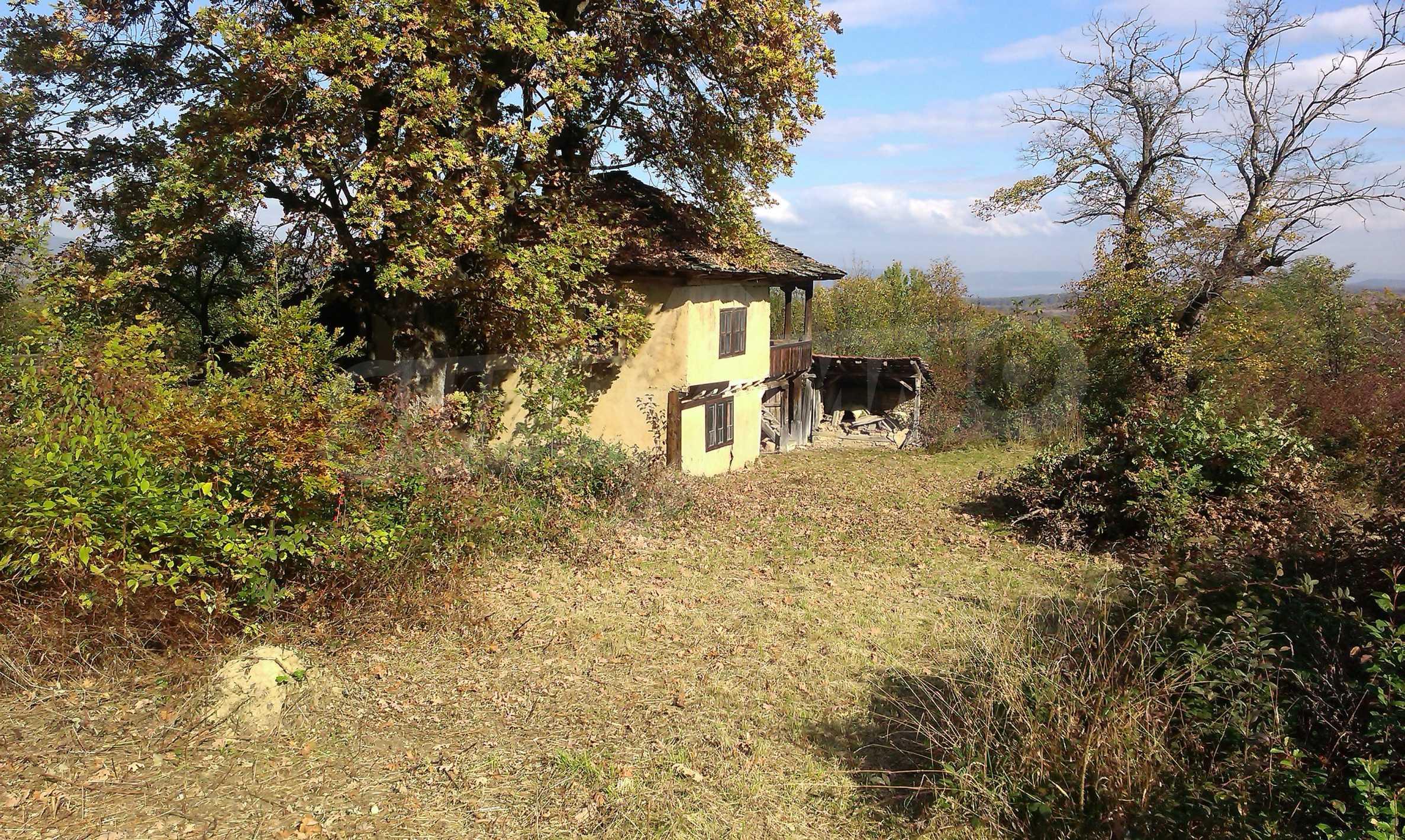 Двуетажна къща в красиво планинско село, до езеро 27