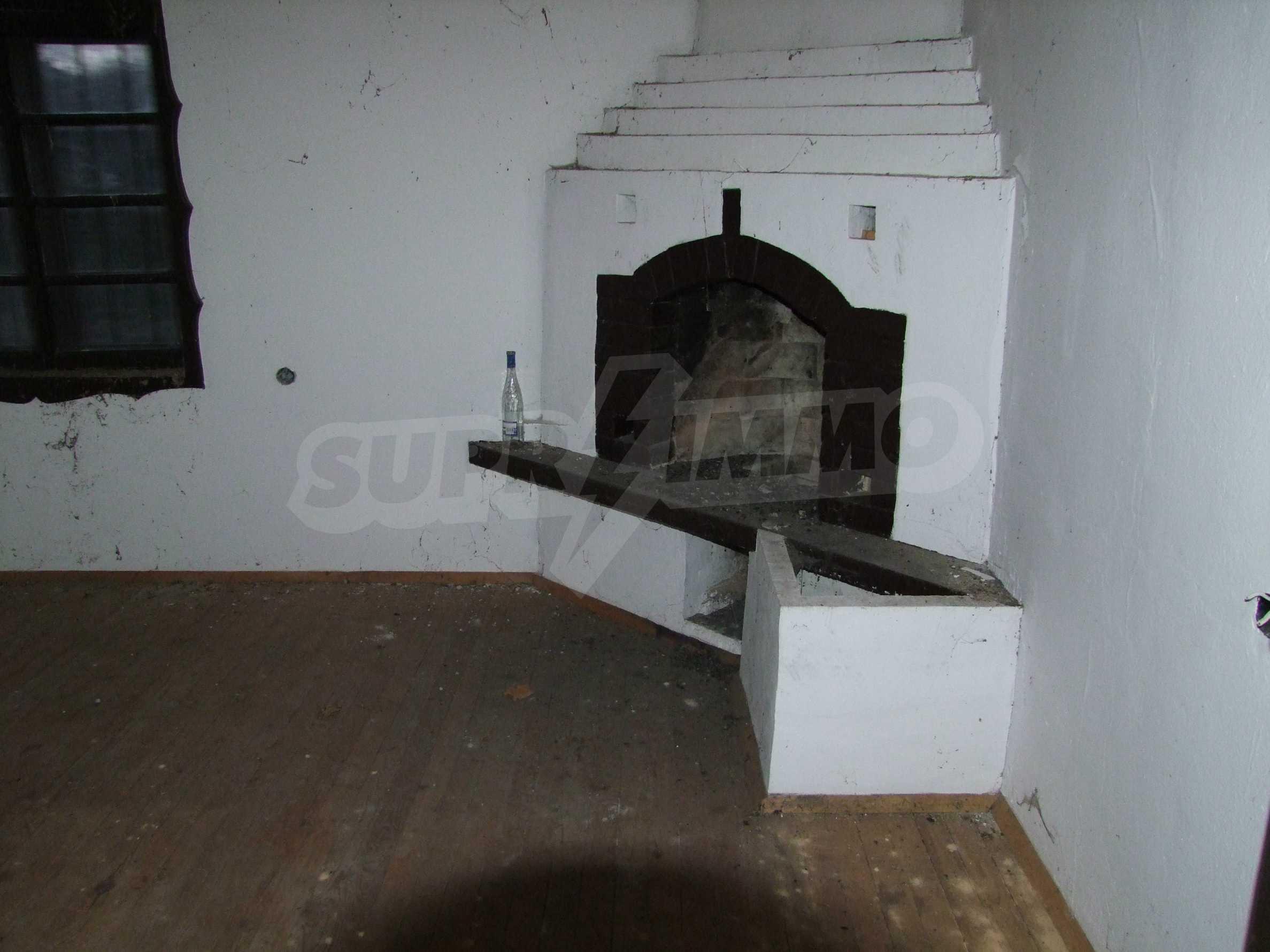 Къща за продажба близо до гр. Велико Търново  28