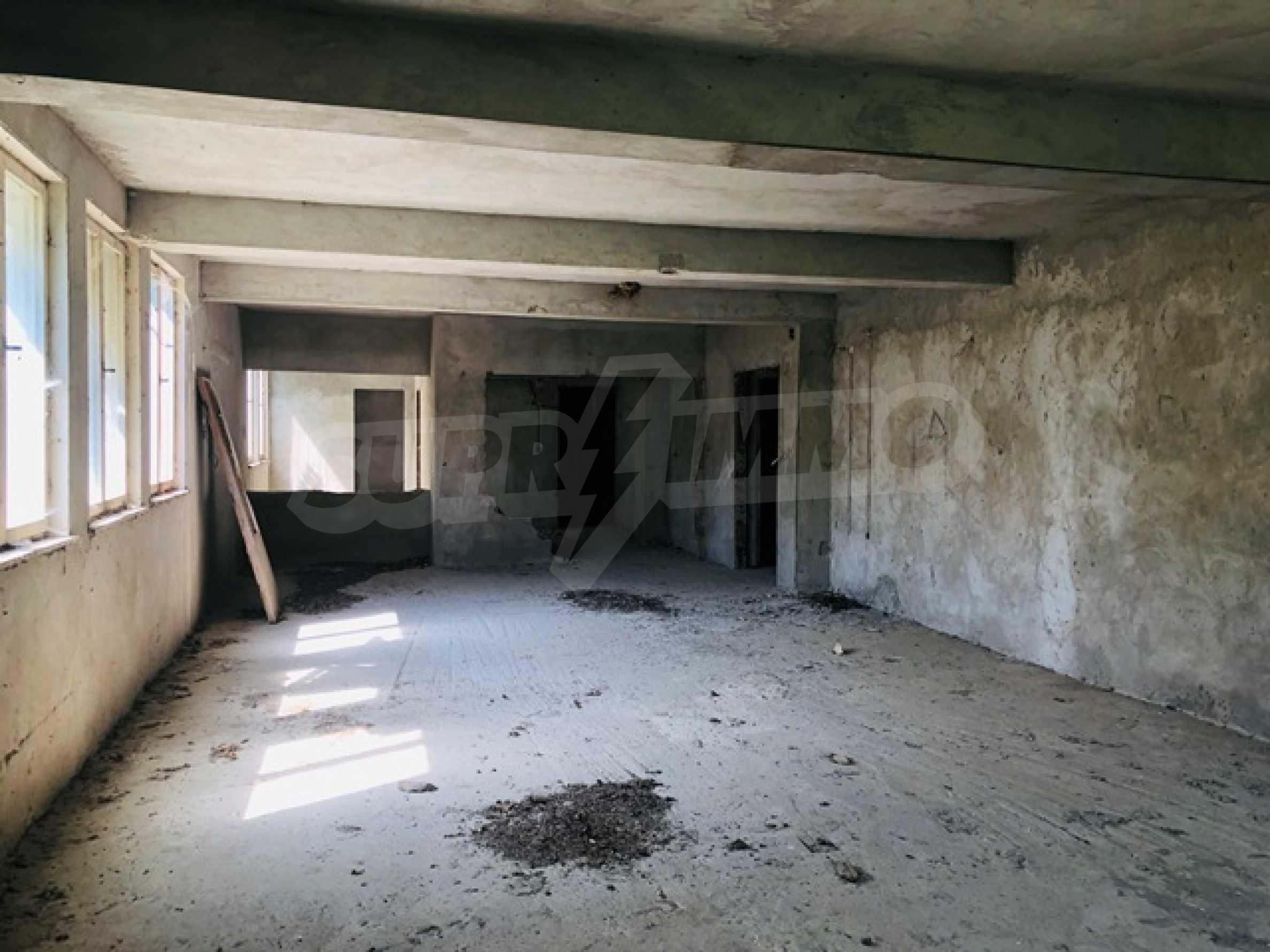 Neugebautes Haus mit Geschäftspotential, nur 6 km von Trjawna entfernt 15
