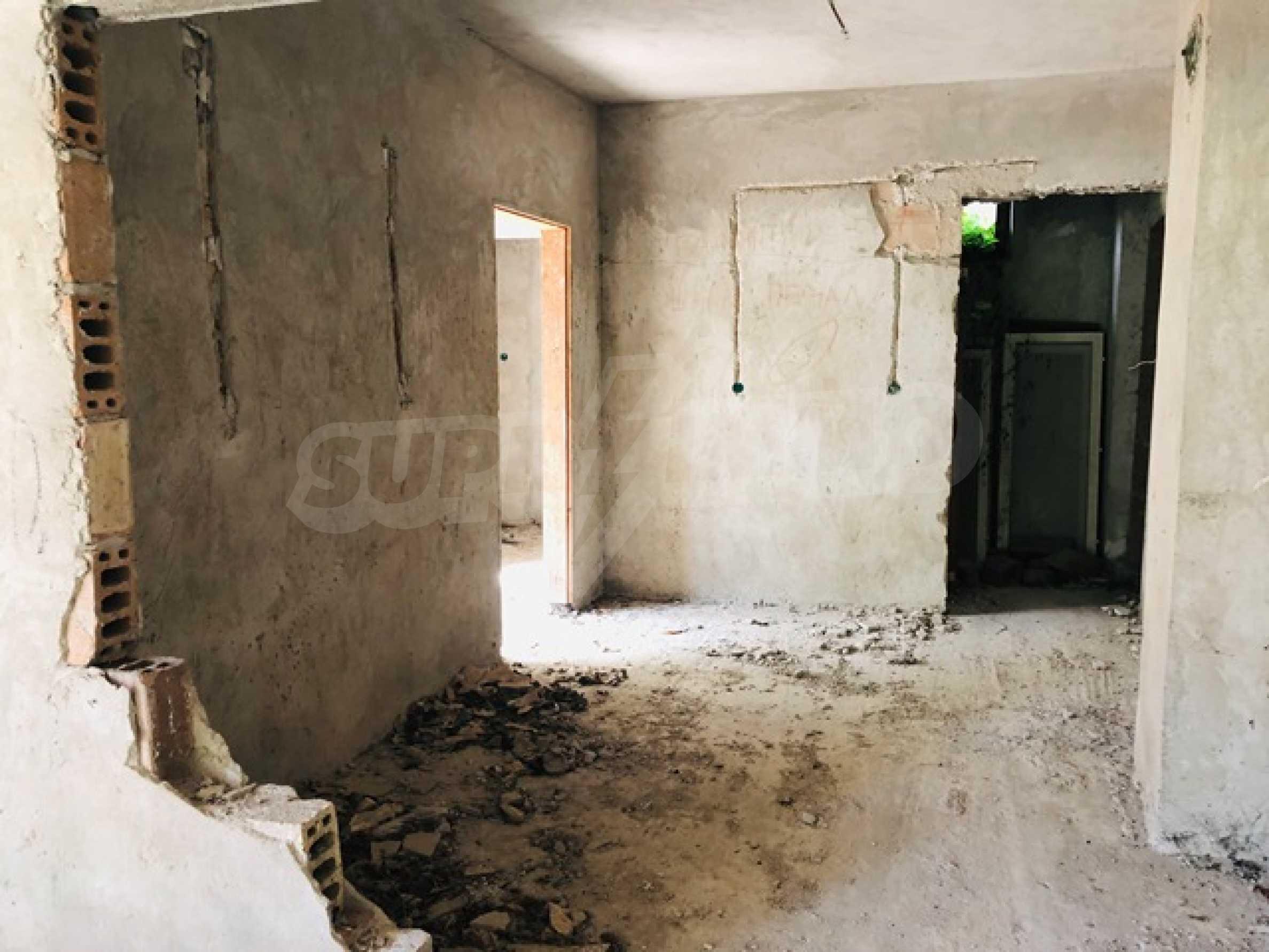 Neugebautes Haus mit Geschäftspotential, nur 6 km von Trjawna entfernt 18