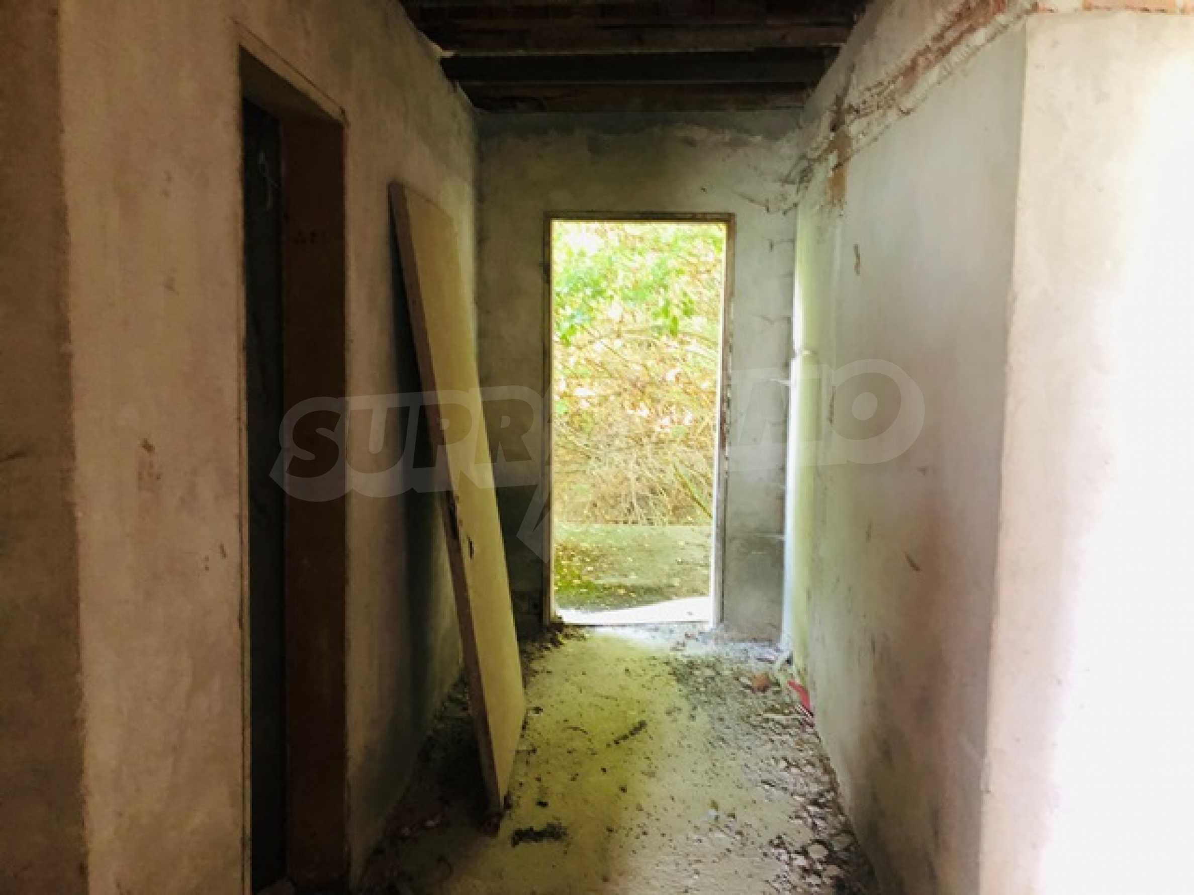 Neugebautes Haus mit Geschäftspotential, nur 6 km von Trjawna entfernt 23