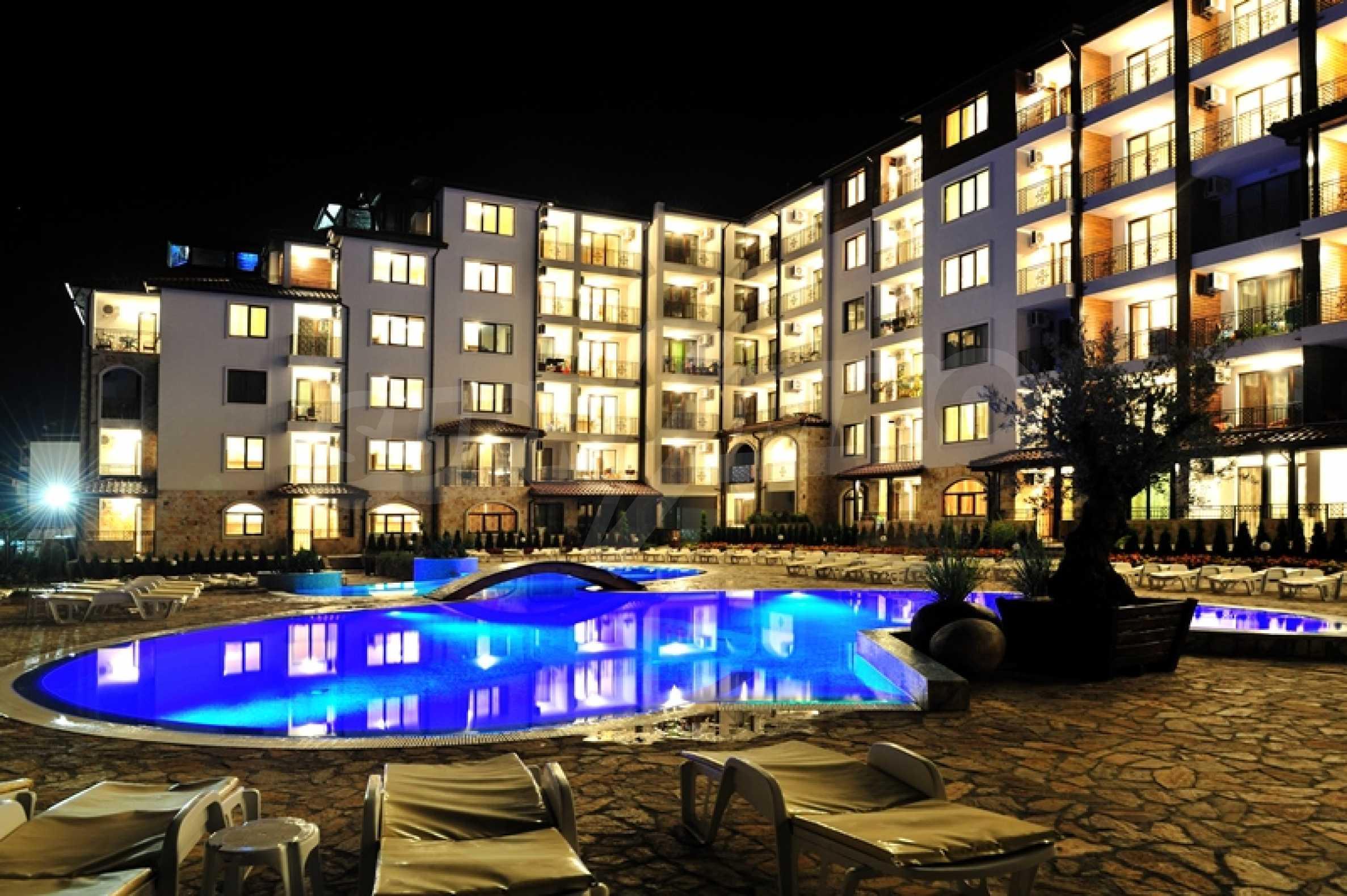 Квартиры на продажу в комплексе в 150 метрах от моря, с. Равда 1