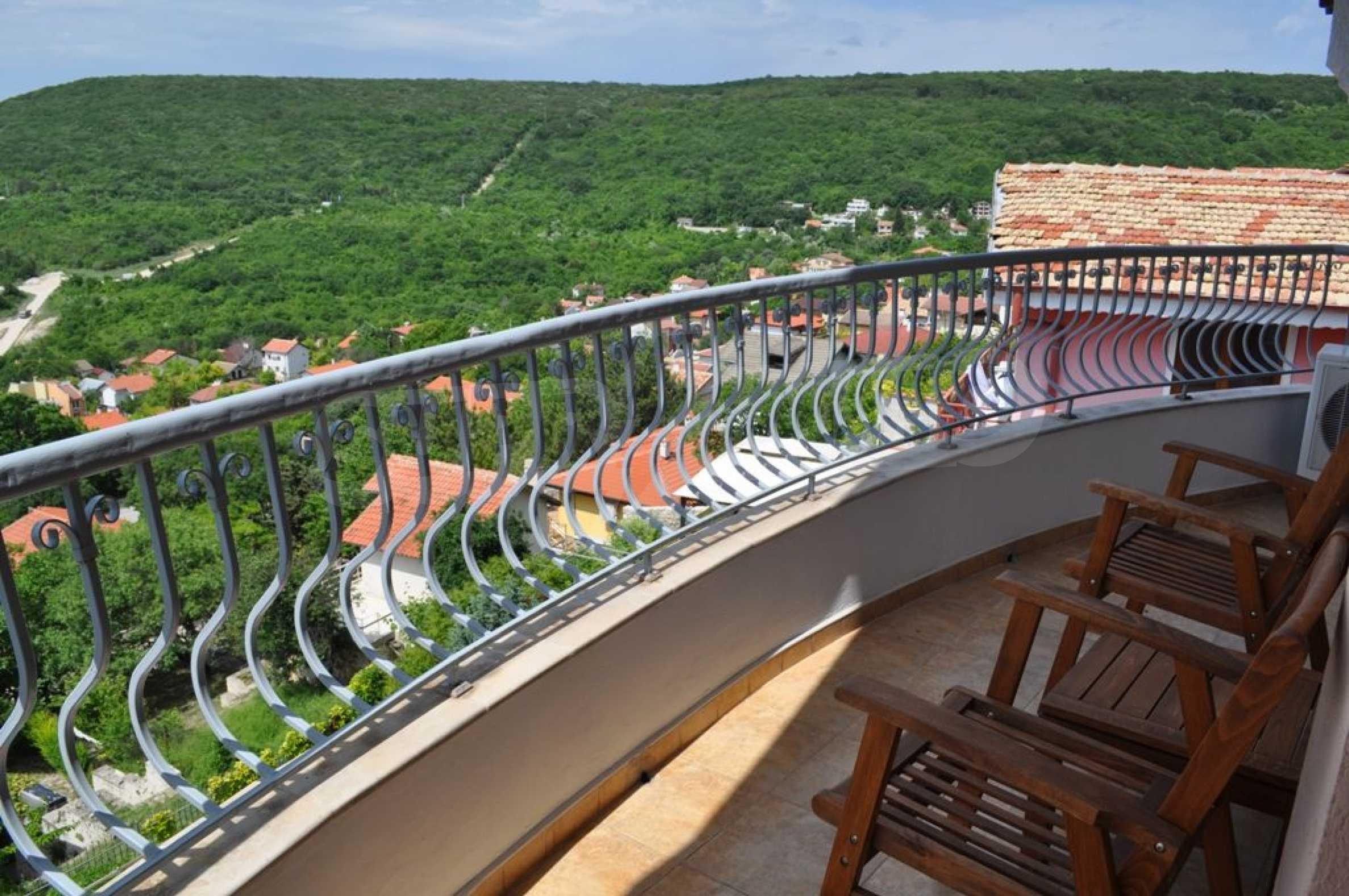 Villa mit Swimmingpool und 6 Schlafzimmern in der Nähe des Resorts Albena 22
