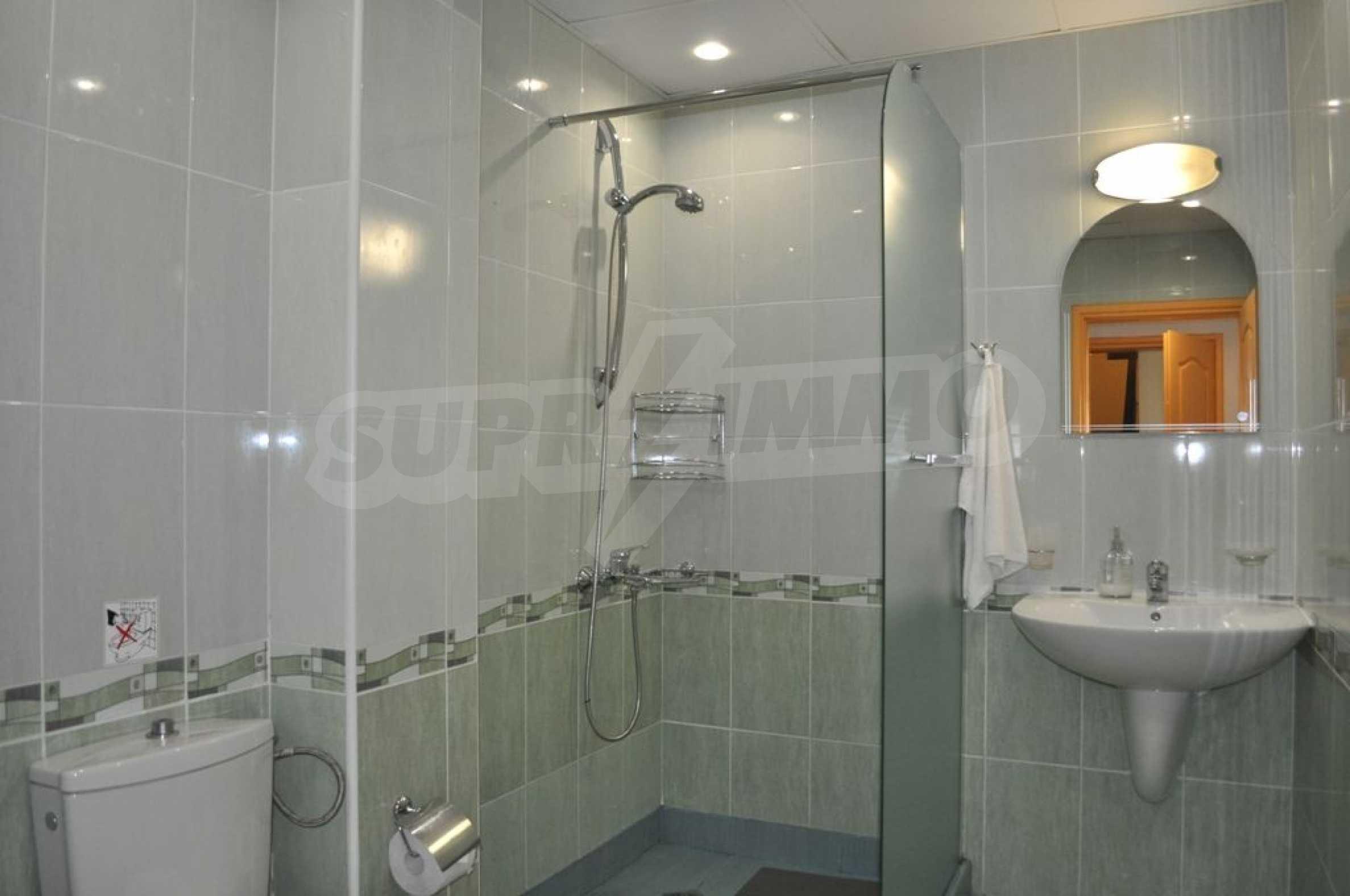 Villa mit Swimmingpool und 6 Schlafzimmern in der Nähe des Resorts Albena 23