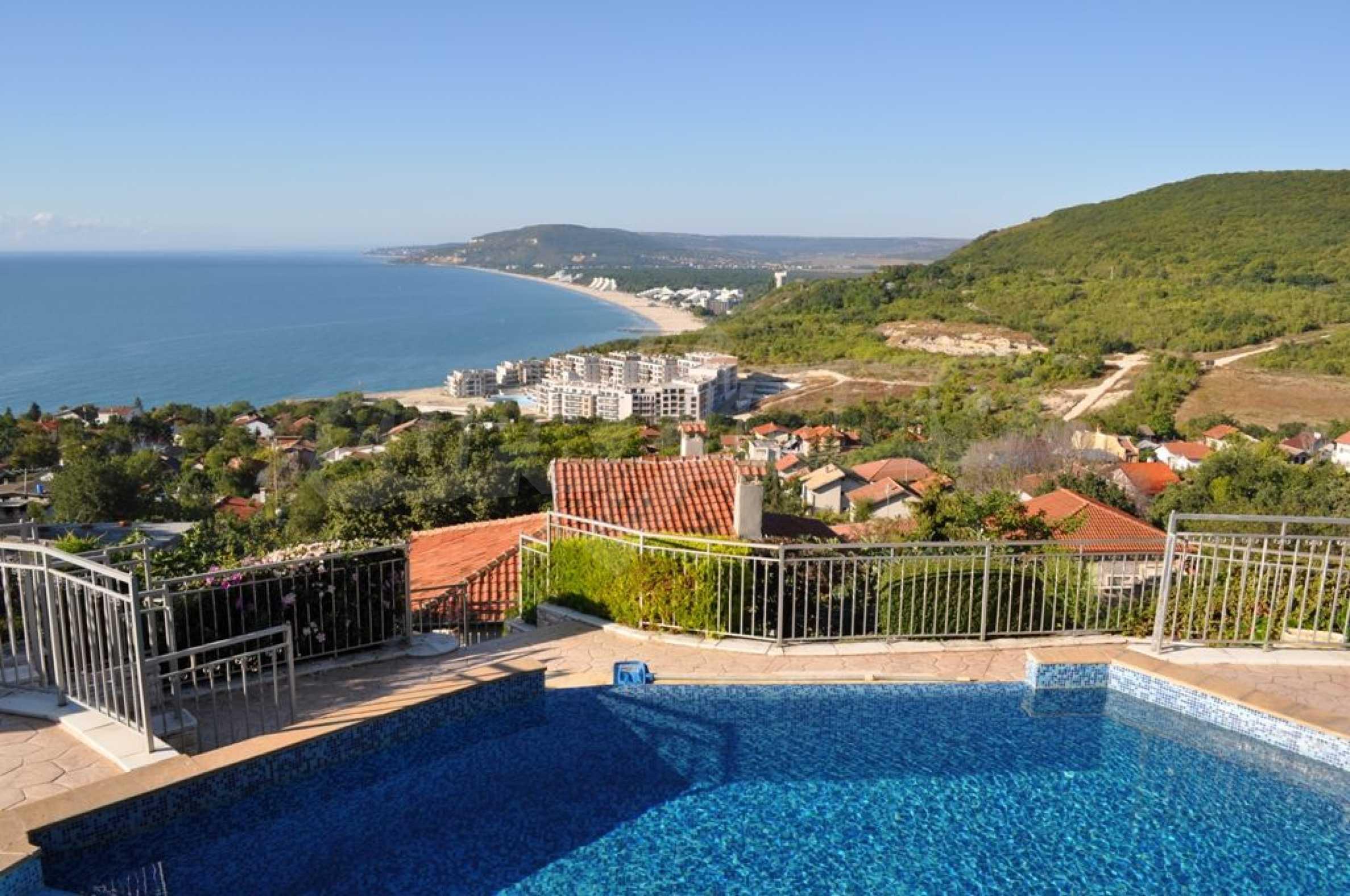 Villa mit Swimmingpool und 6 Schlafzimmern in der Nähe des Resorts Albena 5
