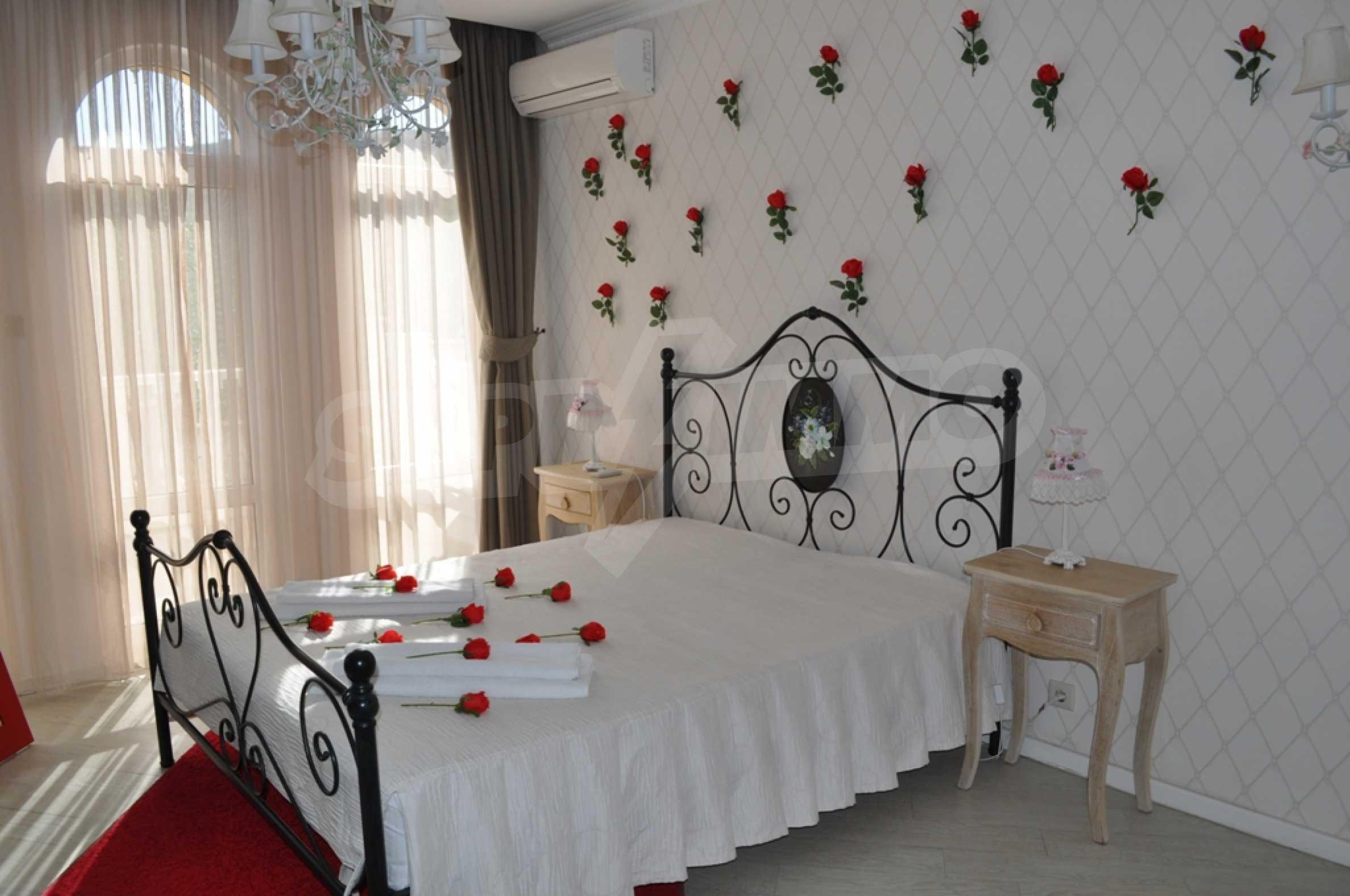 Villa Sinatra 17