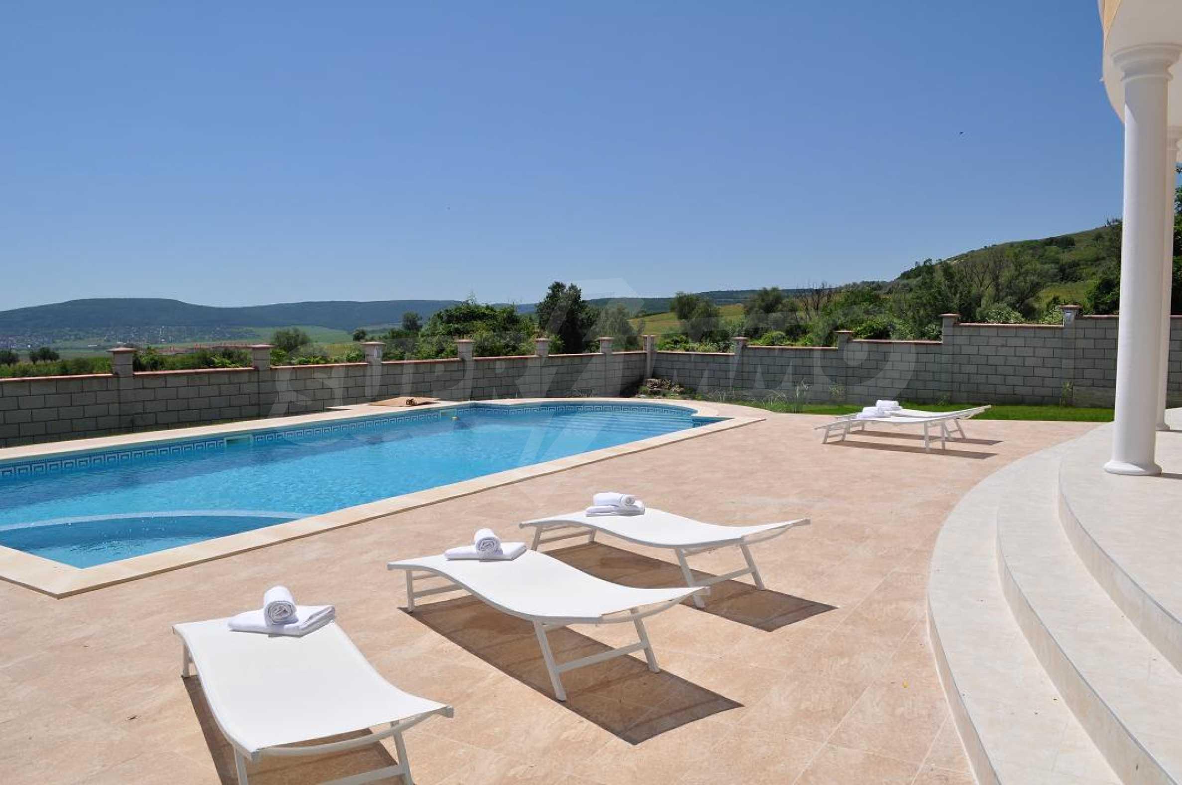 Villa Sinatra 2