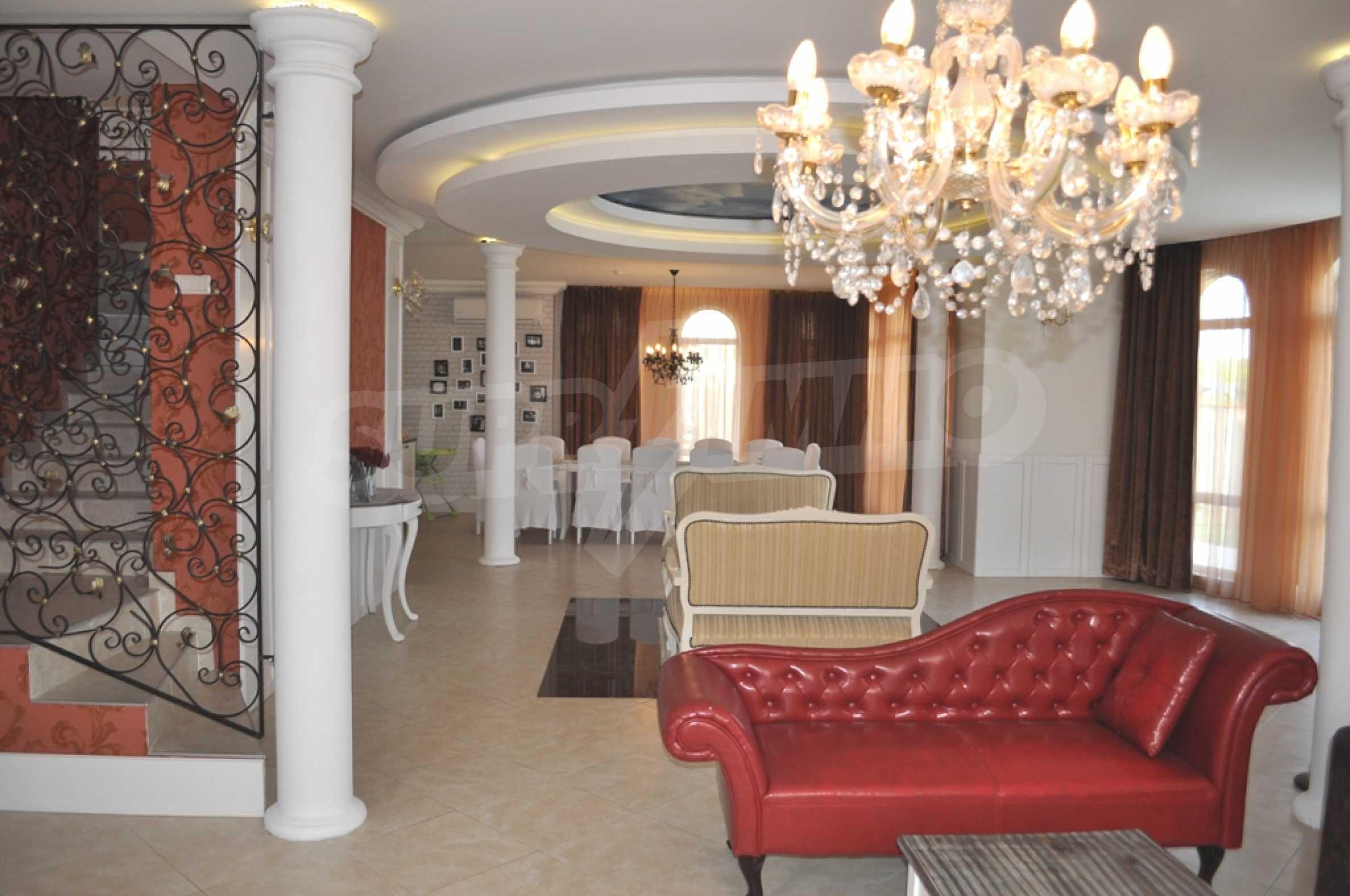 Villa Sinatra 4