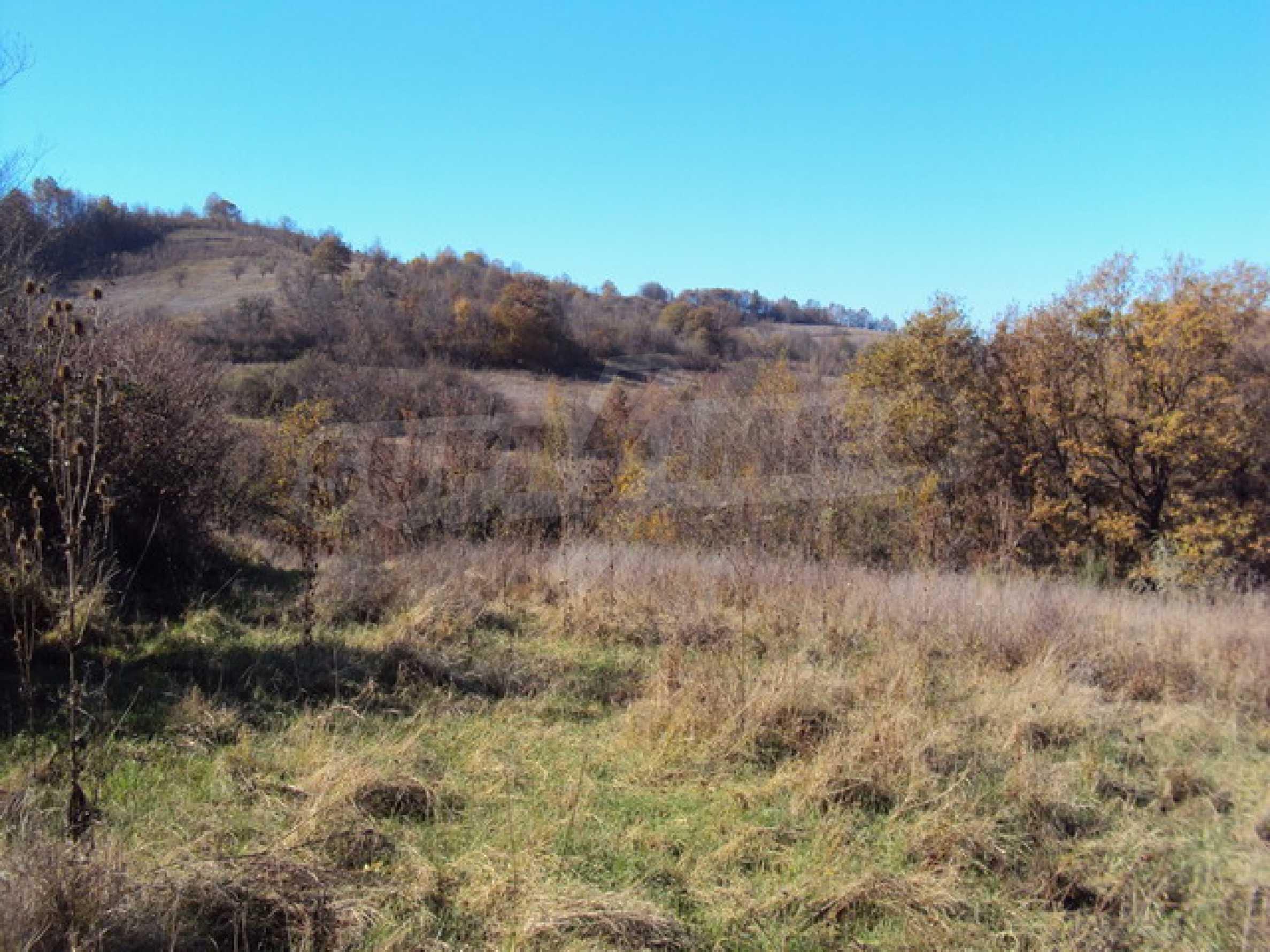 Продажа земли недалеко от г. Велико Тырново 1
