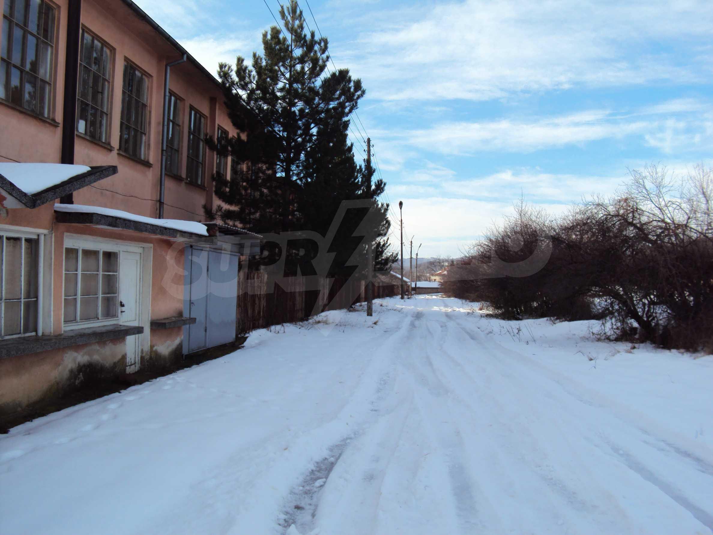 Fabrik in der Nähe von Veliko Tarnovo 26