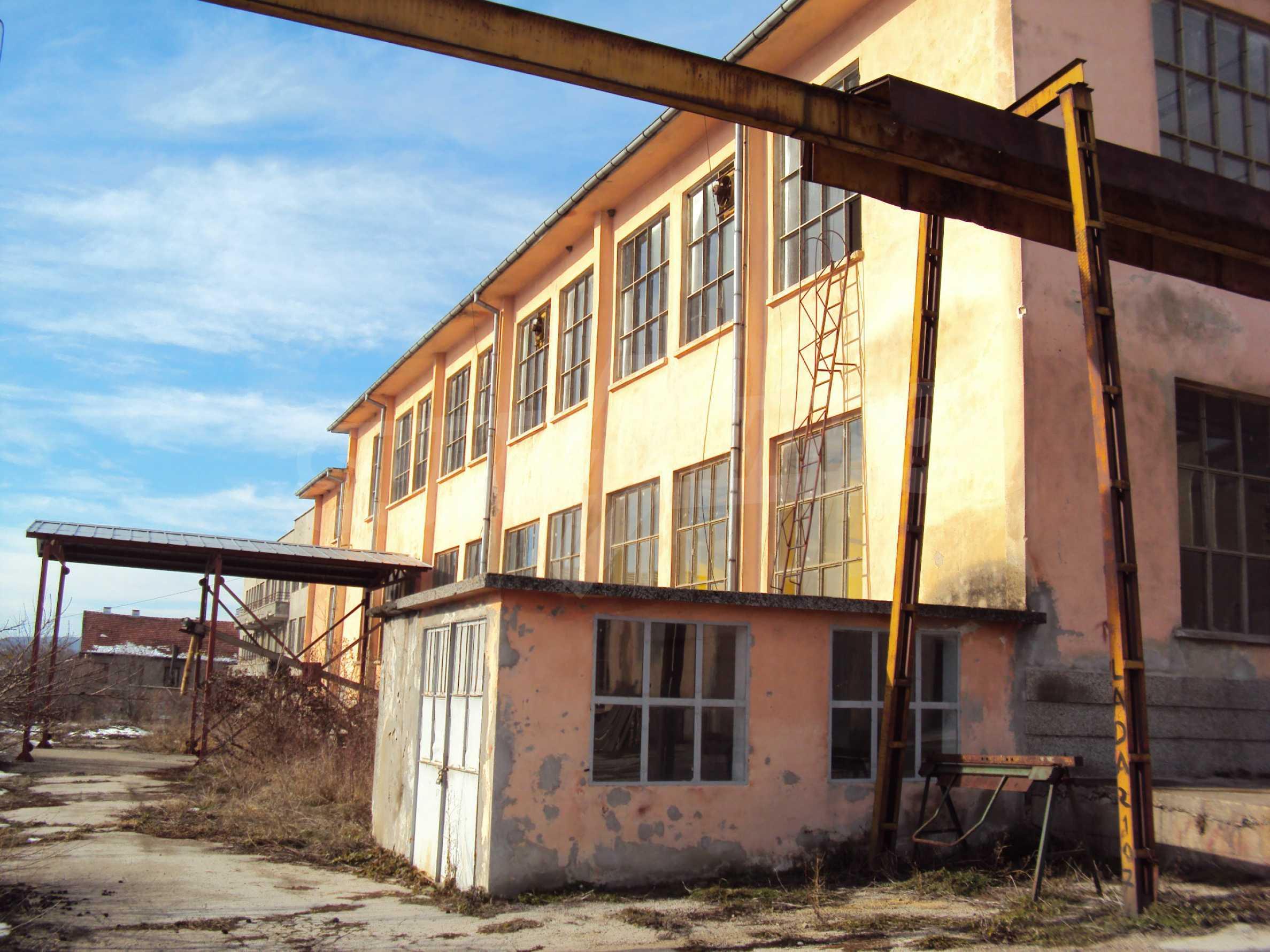 Fabrik in der Nähe von Veliko Tarnovo 29
