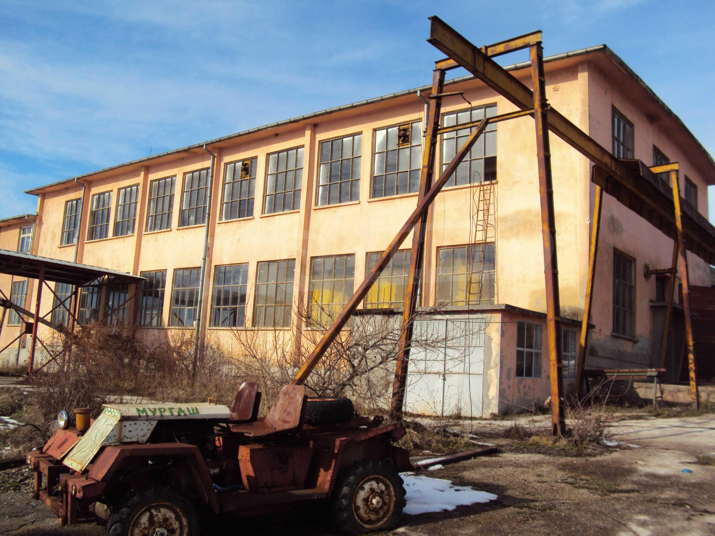 Fabrik in der Nähe von Veliko Tarnovo 31