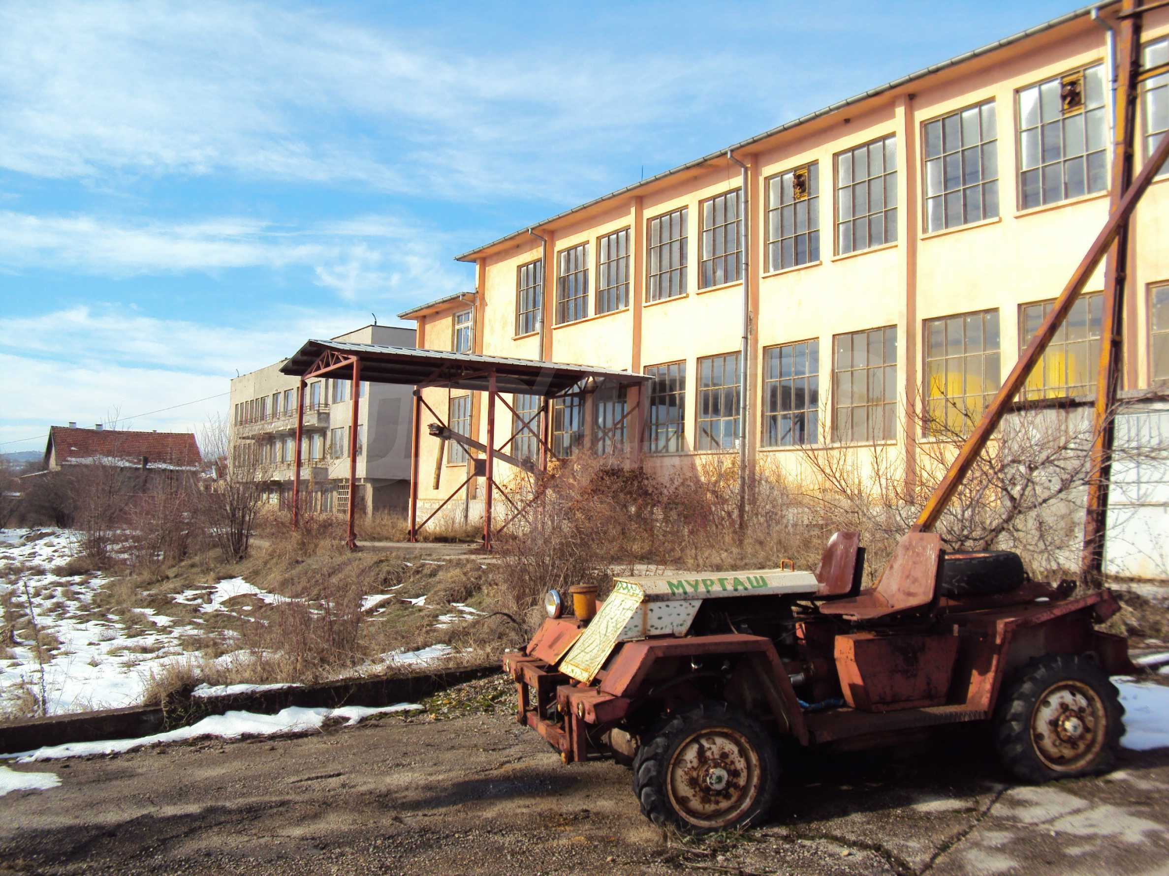 Fabrik in der Nähe von Veliko Tarnovo 32