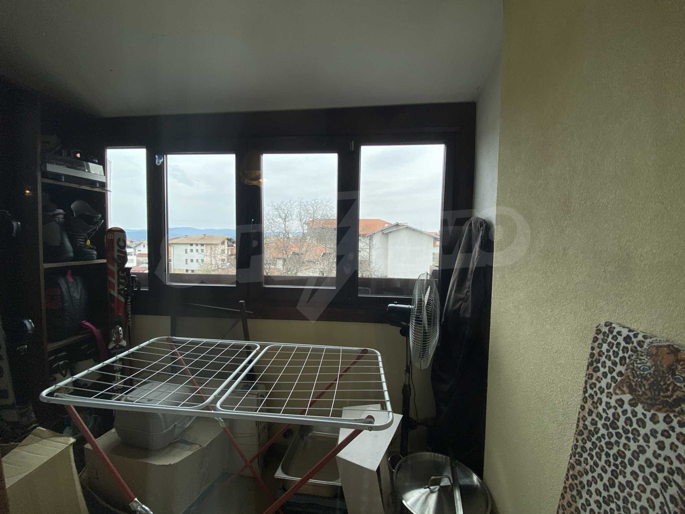 Обзаведен апартамент на метри от ски лифта в град Банско 14