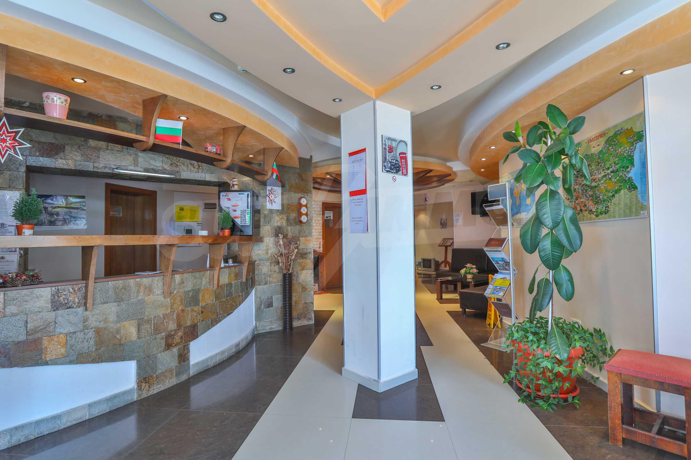 Обзаведен апартамент на метри от ски лифта в град Банско 16