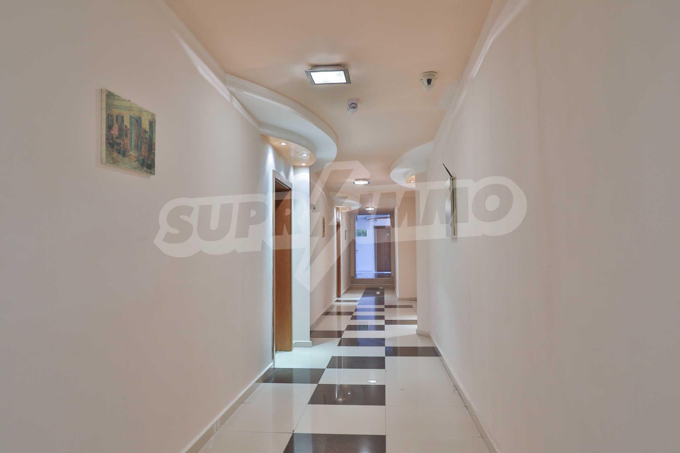 Обзаведен апартамент на метри от ски лифта в град Банско 17