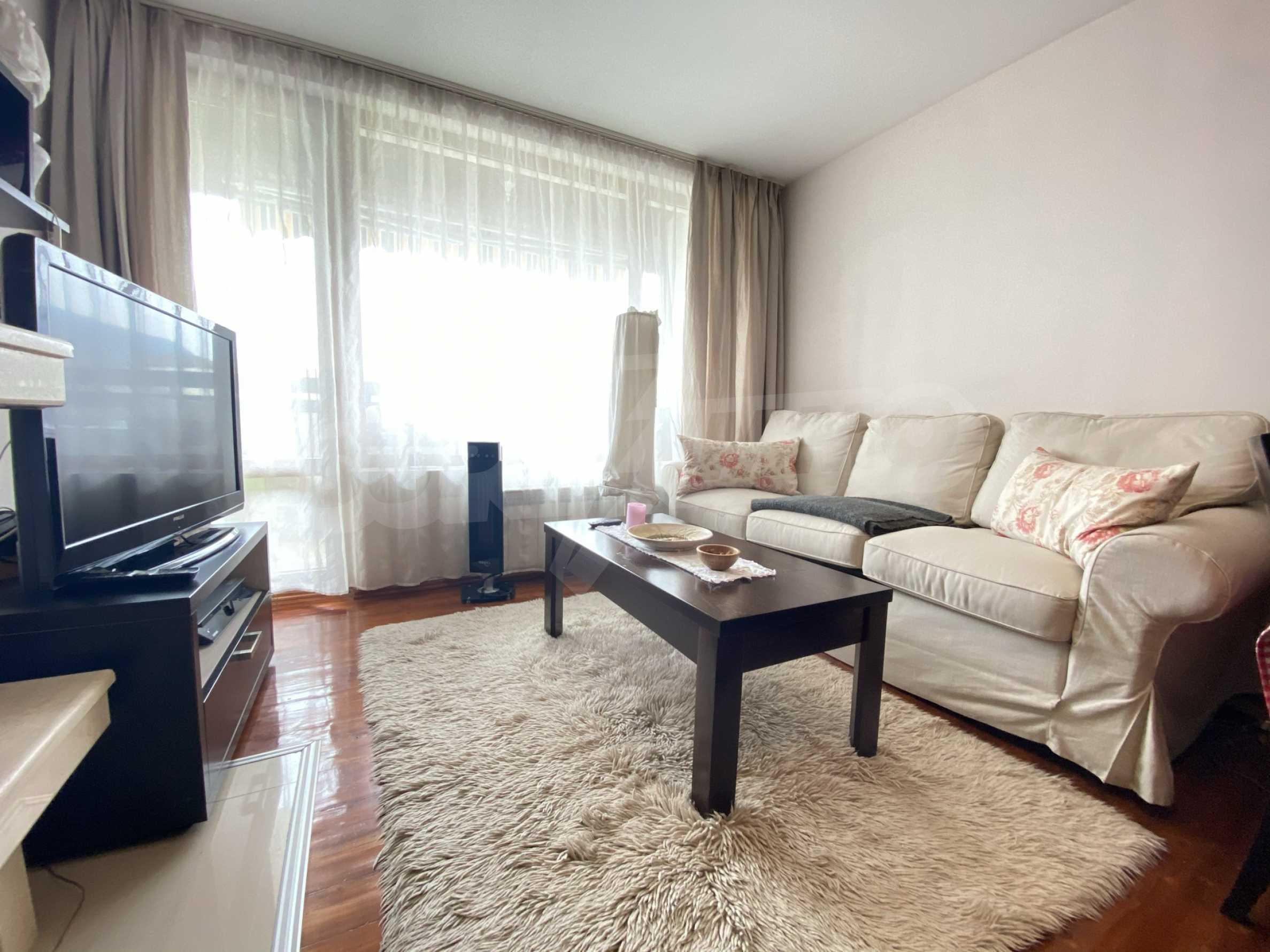 Обзаведен апартамент на метри от ски лифта в град Банско 7