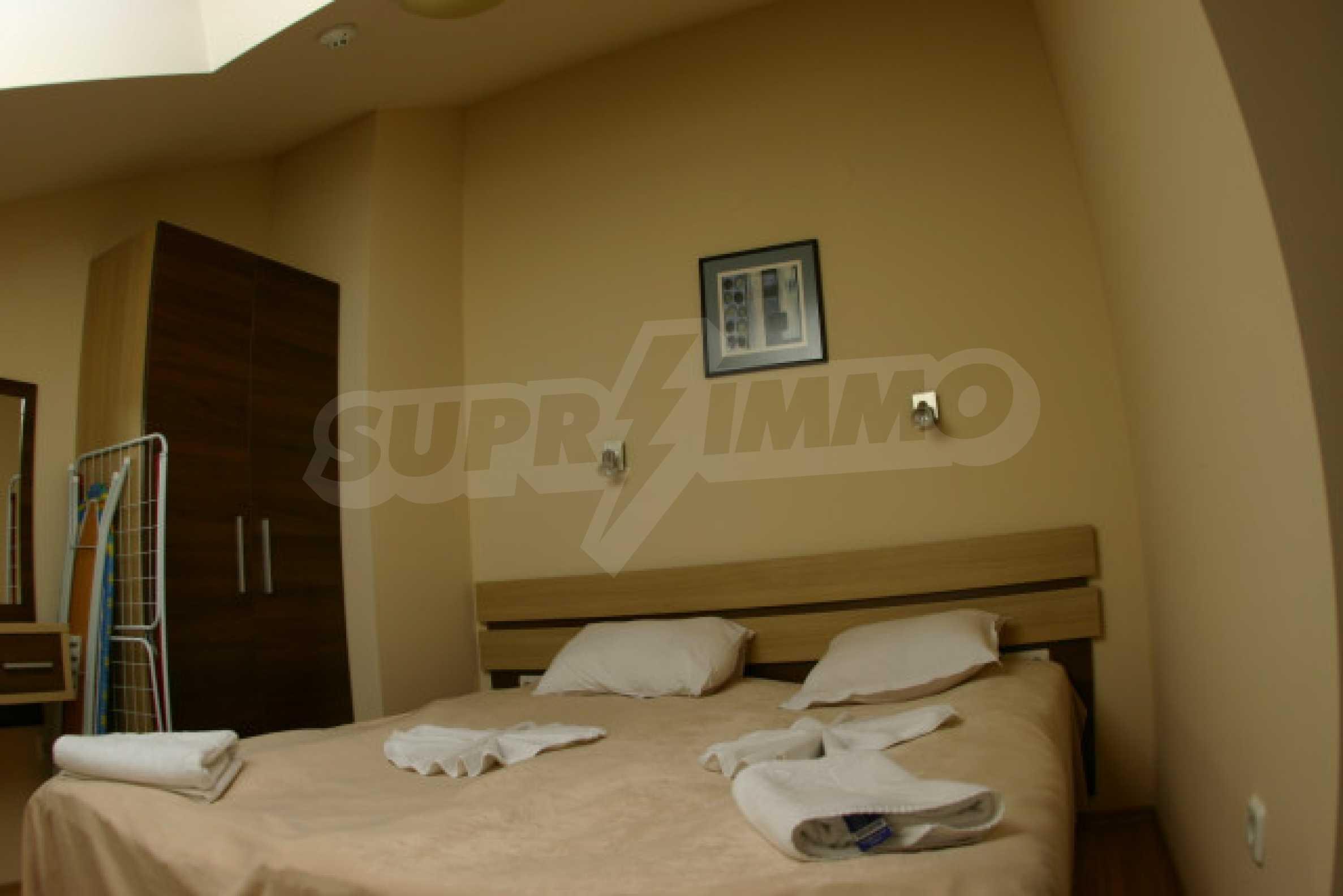 1 Bedroom Penthouse In Belmont Complex 2