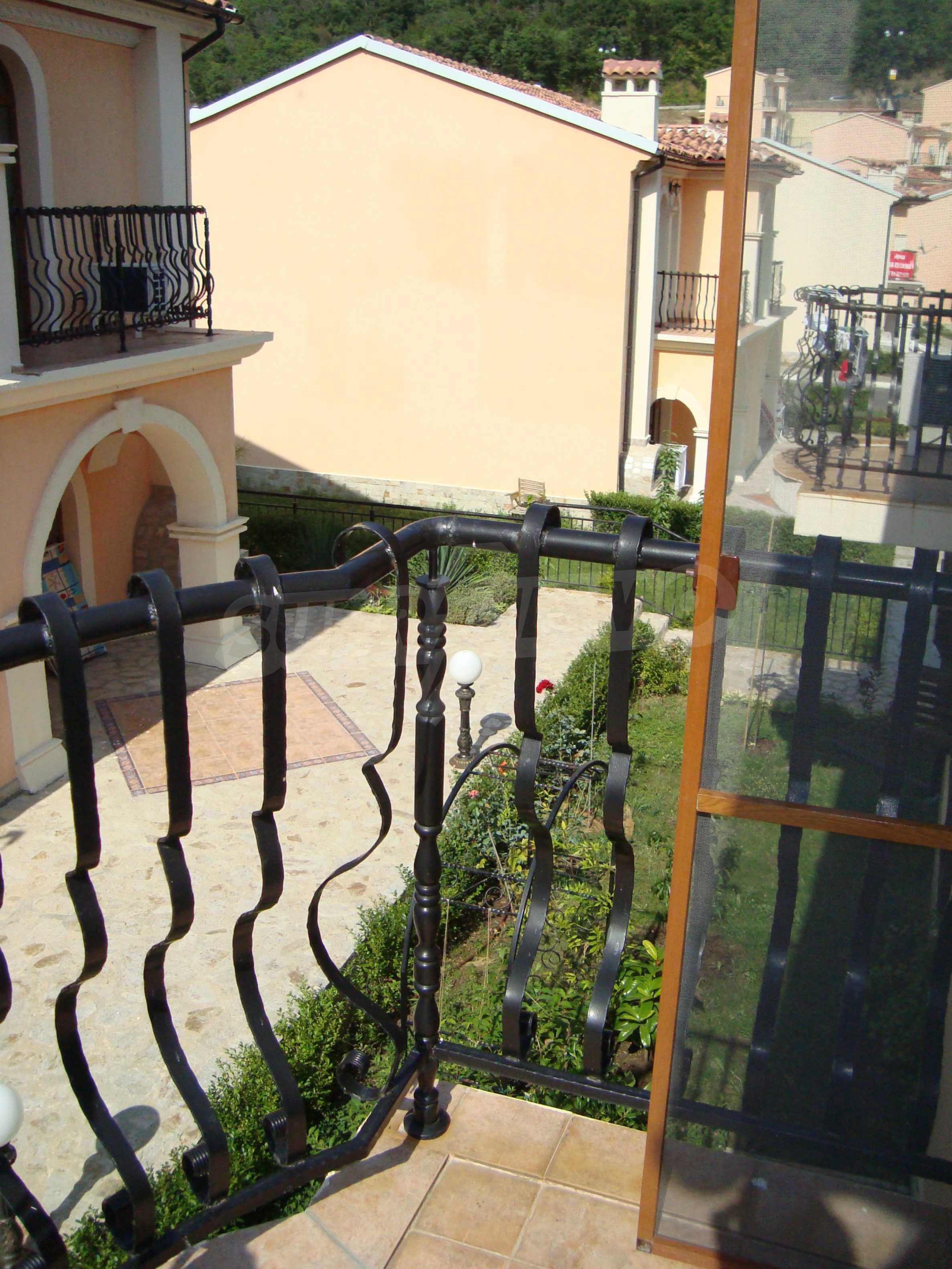2-stöckige Villa zum Verkauf in Elenite Feriendorf, 36