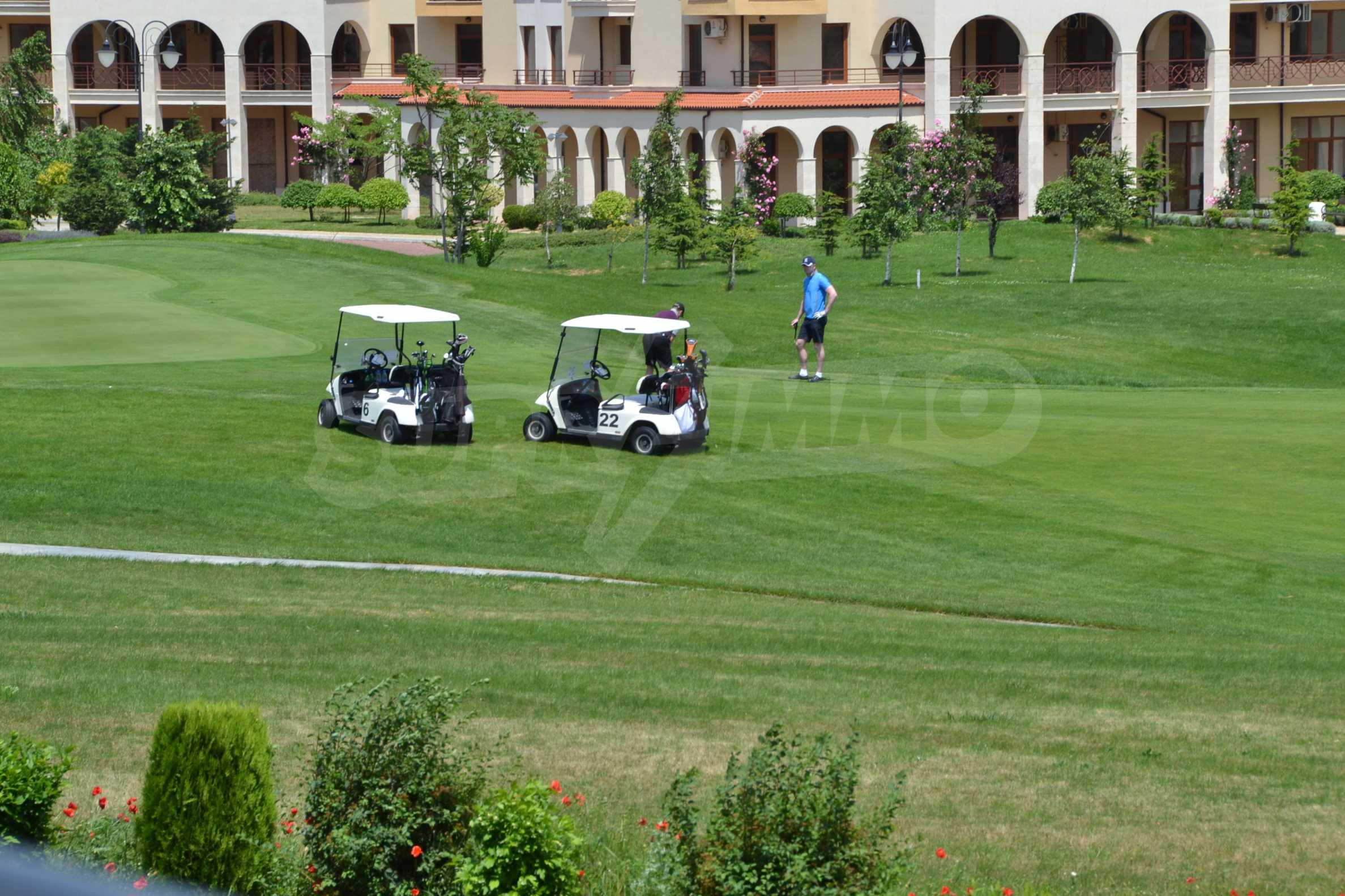 Zweistöckiges Haus im Lighthouse Golf Resort 28
