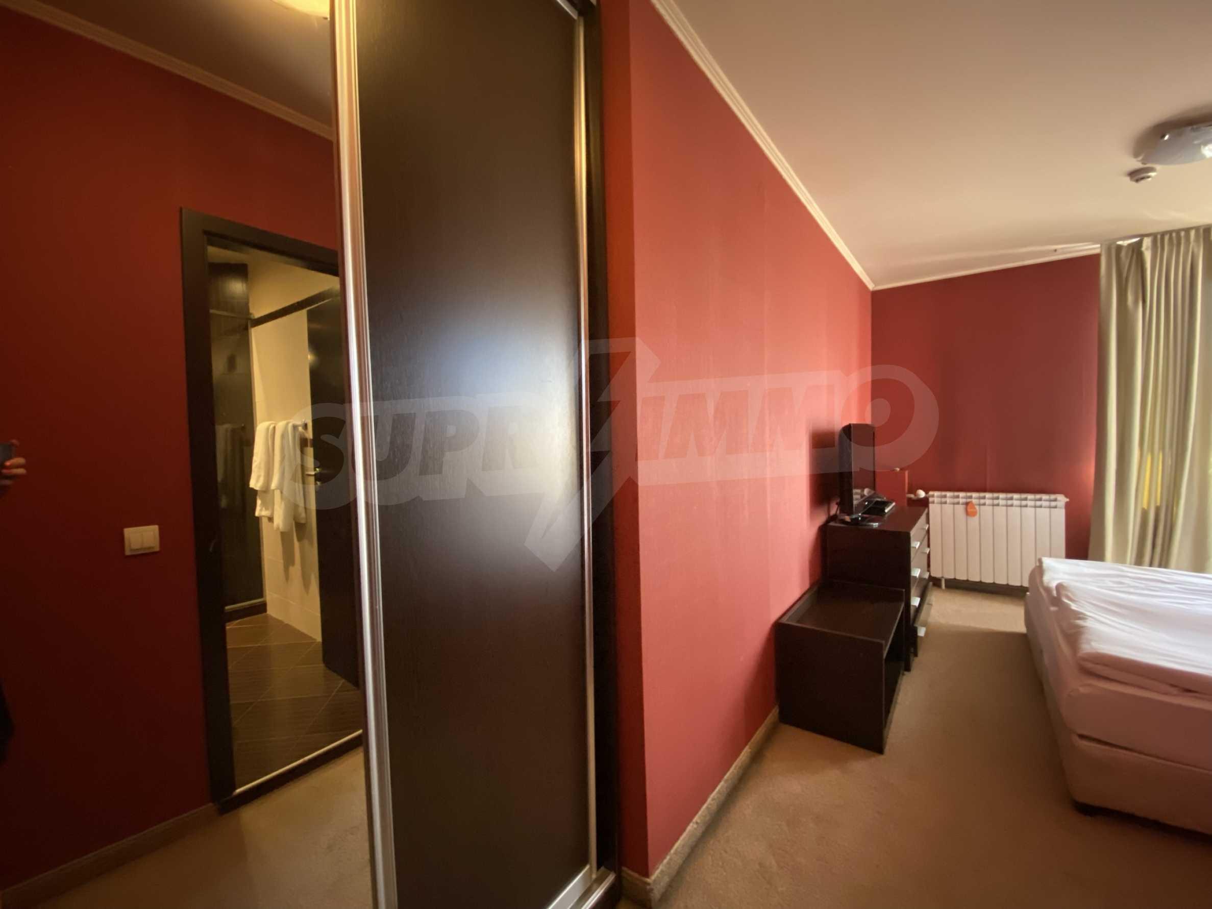 Обзаведен тристаен апартамент в луксозен комплекс Гранд Хотел Банско 12