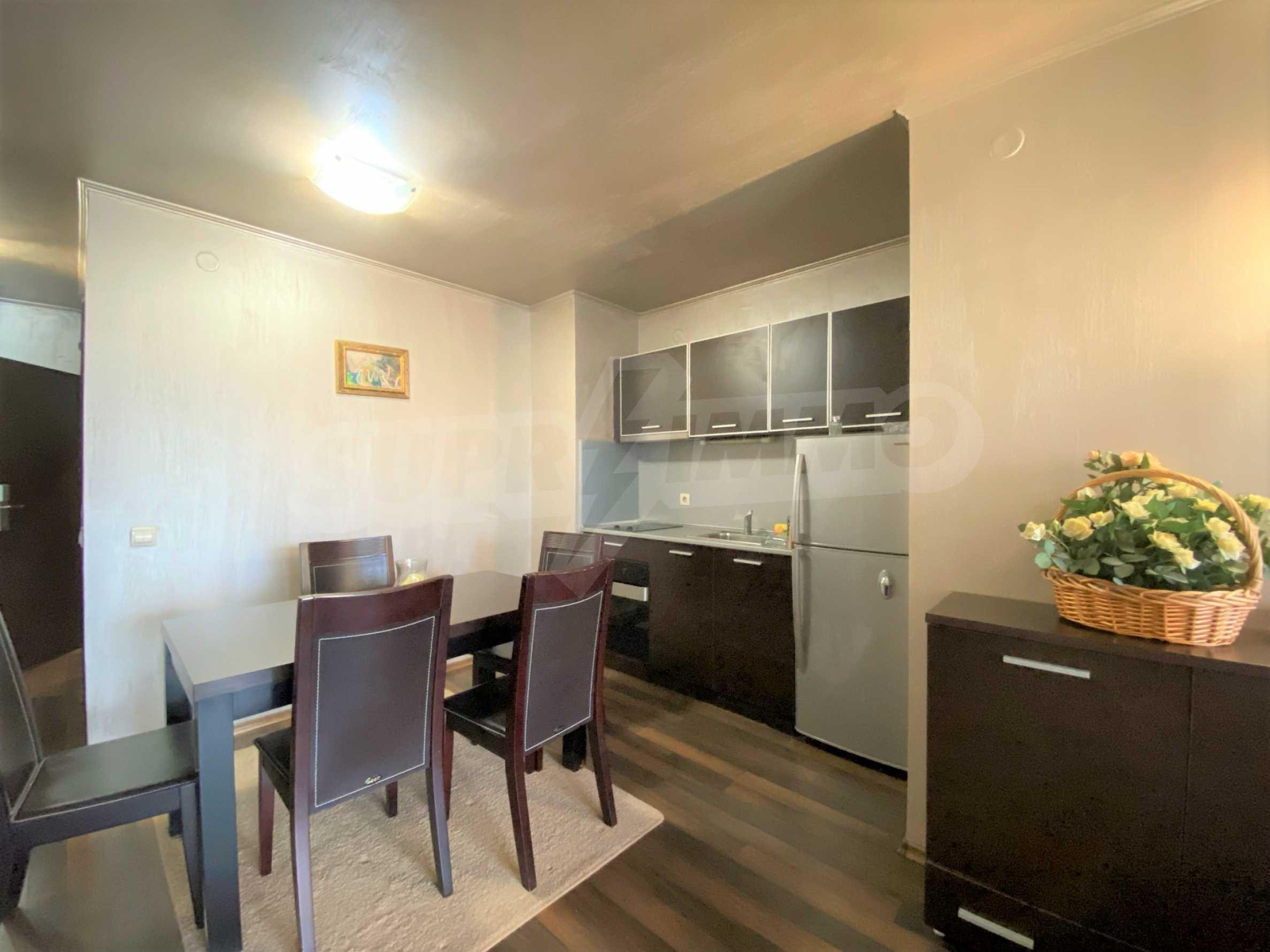 Обзаведен тристаен апартамент в луксозен комплекс Гранд Хотел Банско 2