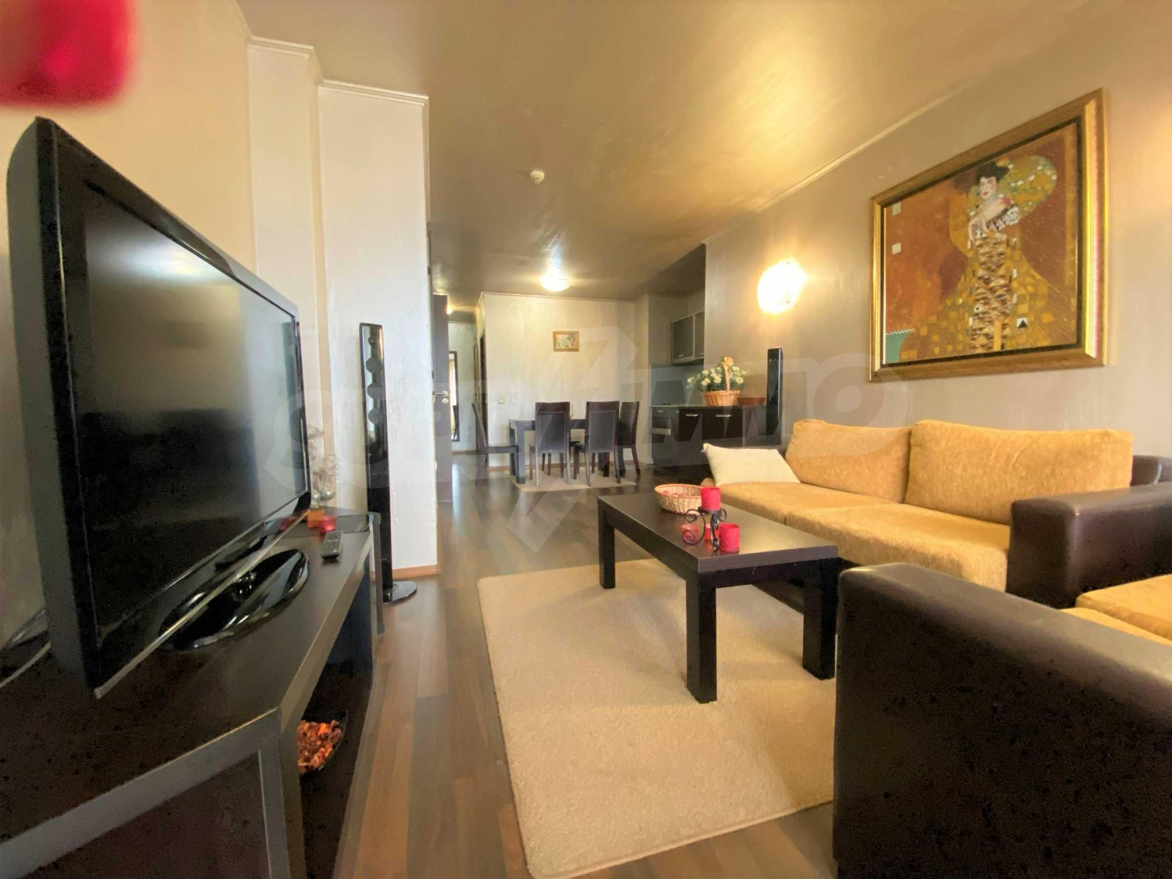 Обзаведен тристаен апартамент в луксозен комплекс Гранд Хотел Банско 3