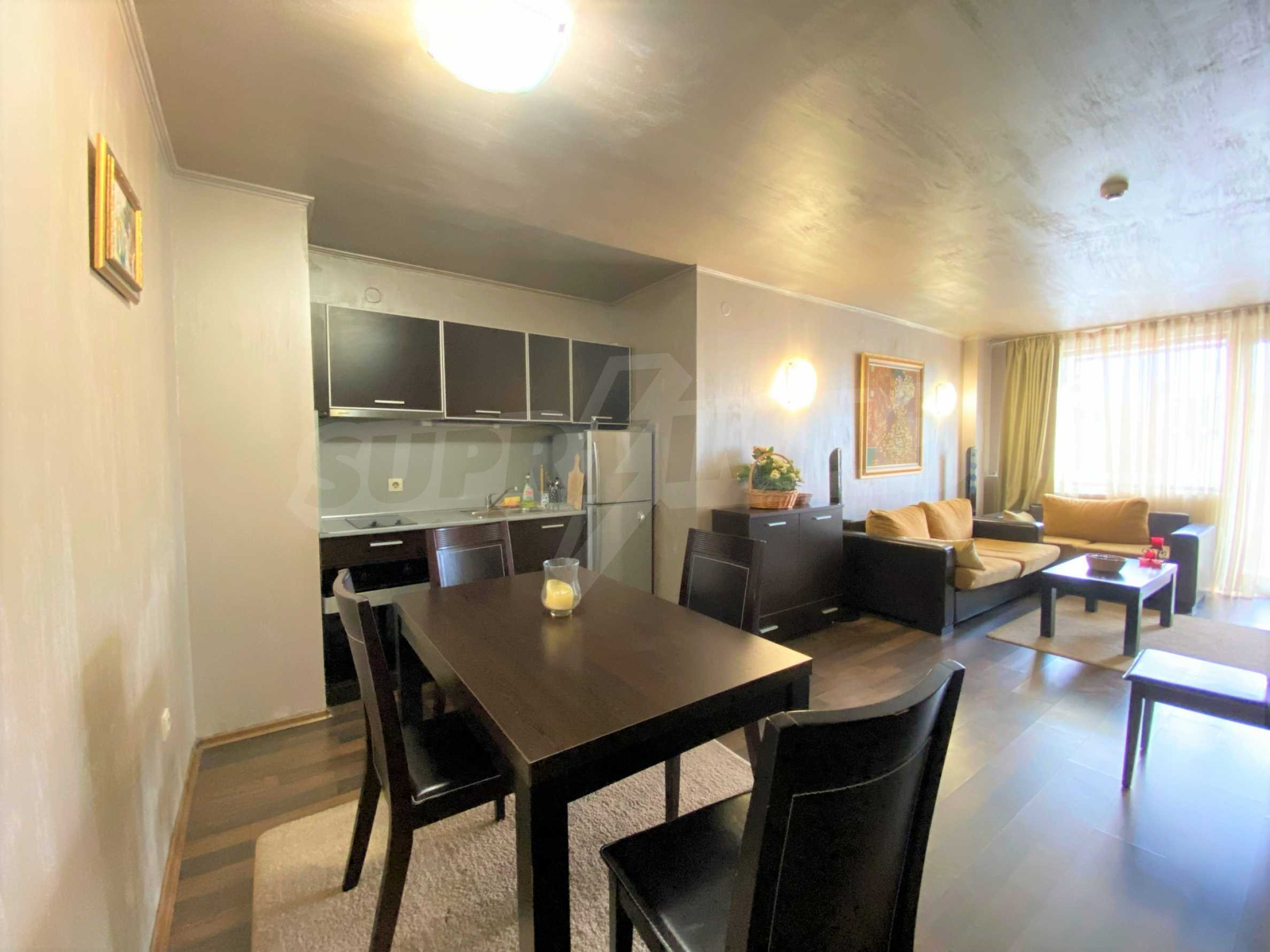 Обзаведен тристаен апартамент в луксозен комплекс Гранд Хотел Банско 4