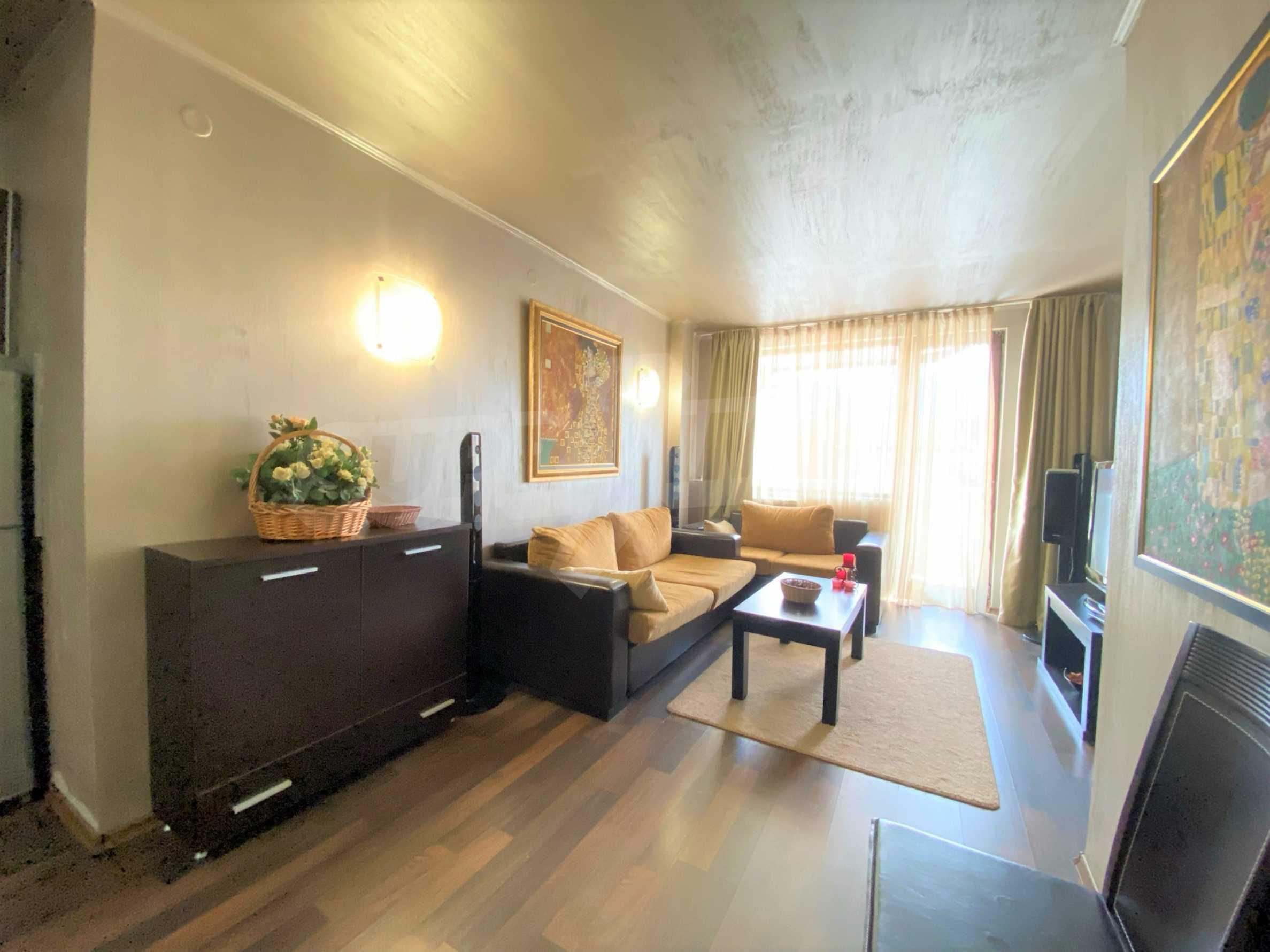 Обзаведен тристаен апартамент в луксозен комплекс Гранд Хотел Банско 5