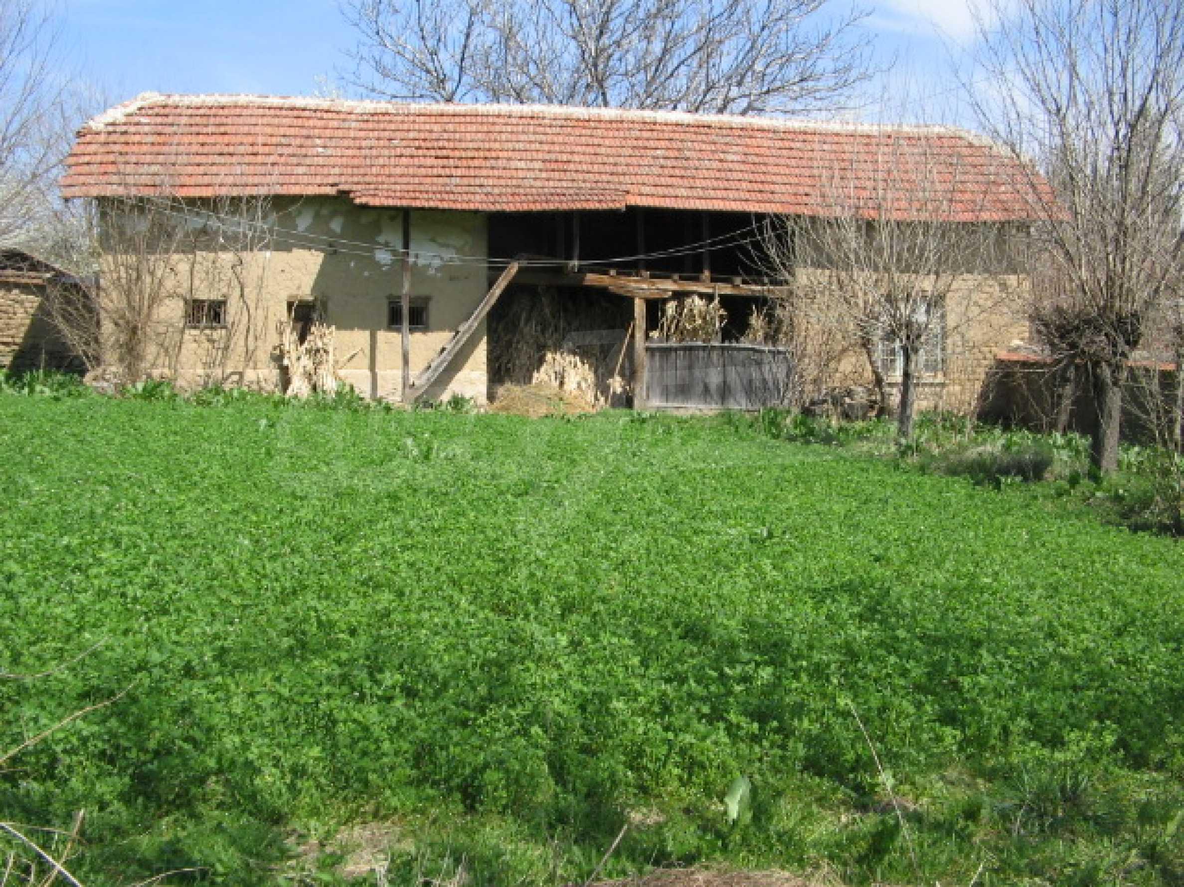 Просторный дом у реки 6