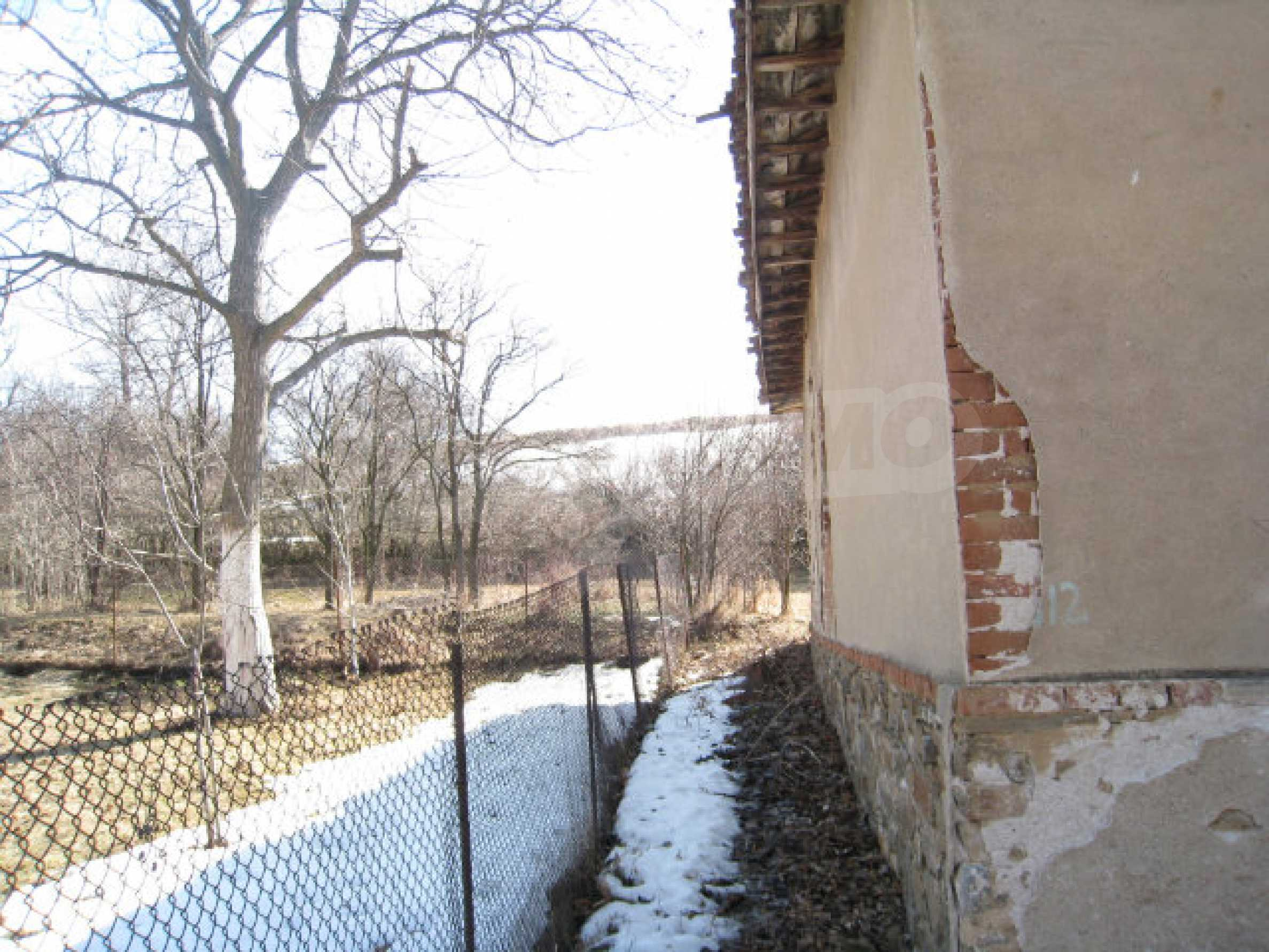 Haus in der Nähe von Pernik 11