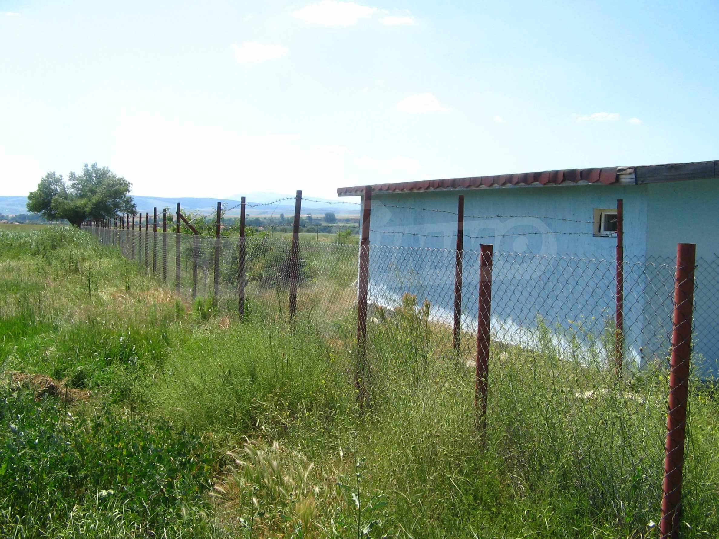 Grundstück mit Genehmigung zur Abfüllung von Quellwasser 13