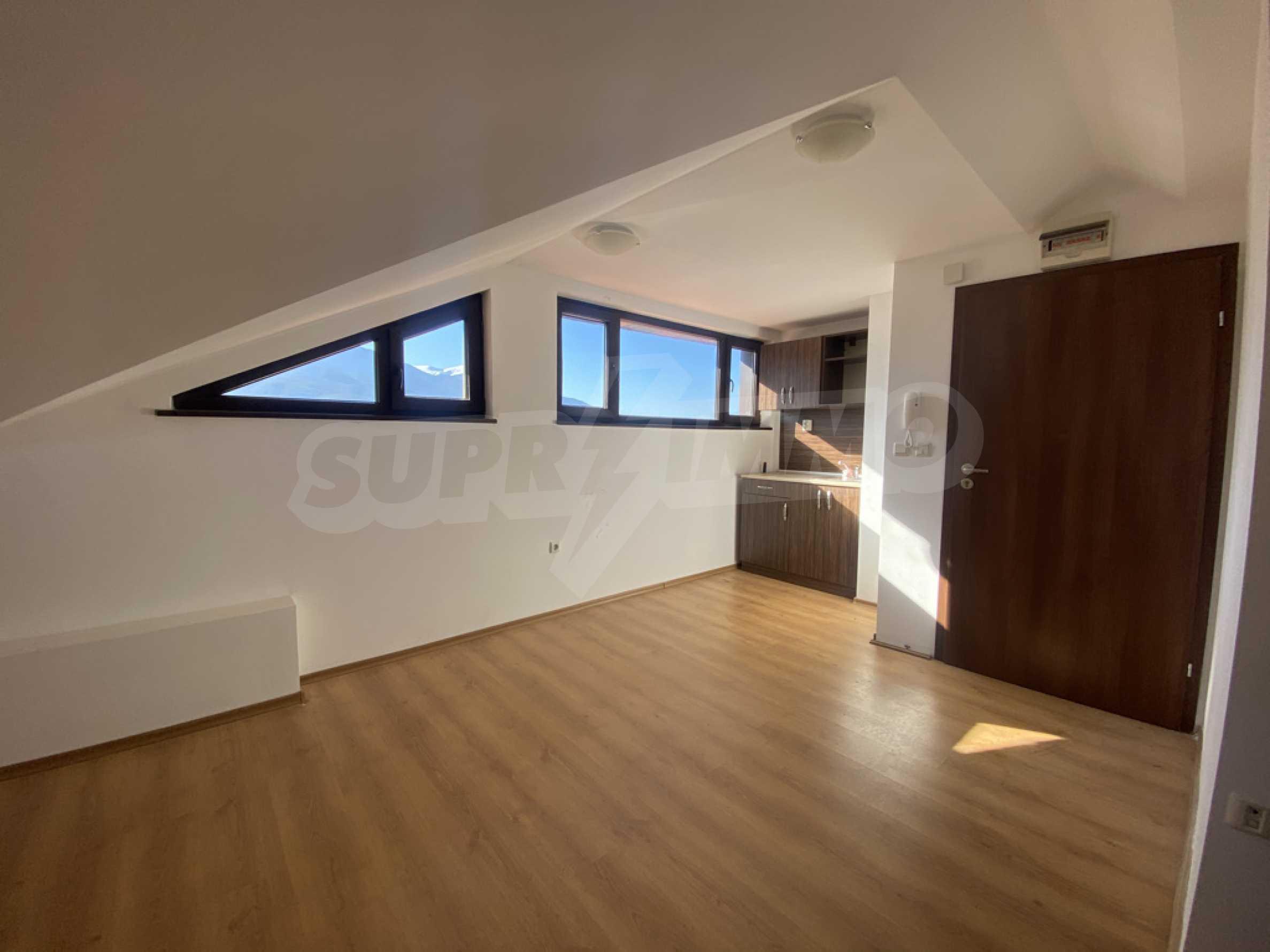 Необзаведен едностаен апартамент за продажба в СПА комплекс в Банско 2