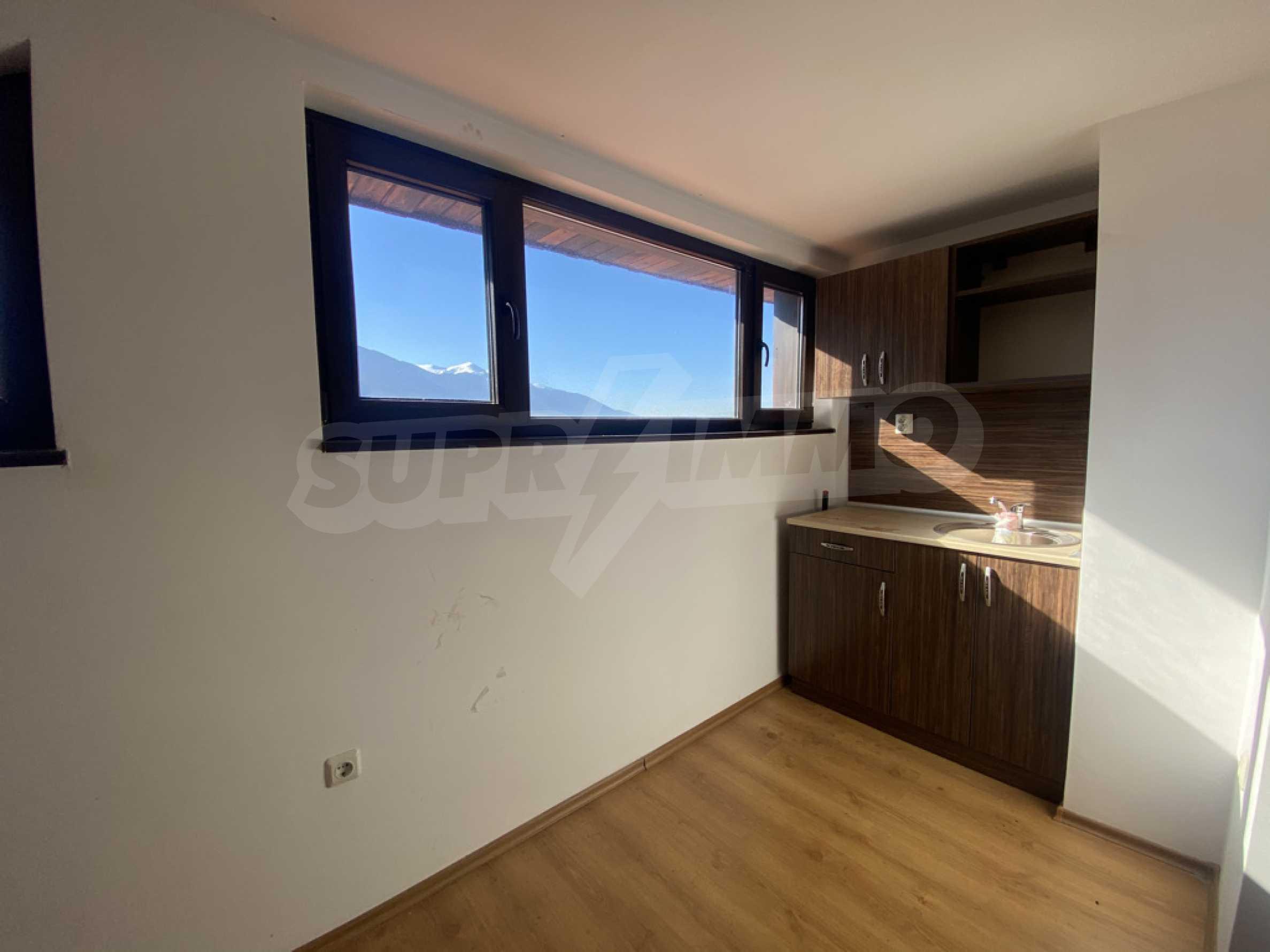 Необзаведен едностаен апартамент за продажба в СПА комплекс в Банско 3