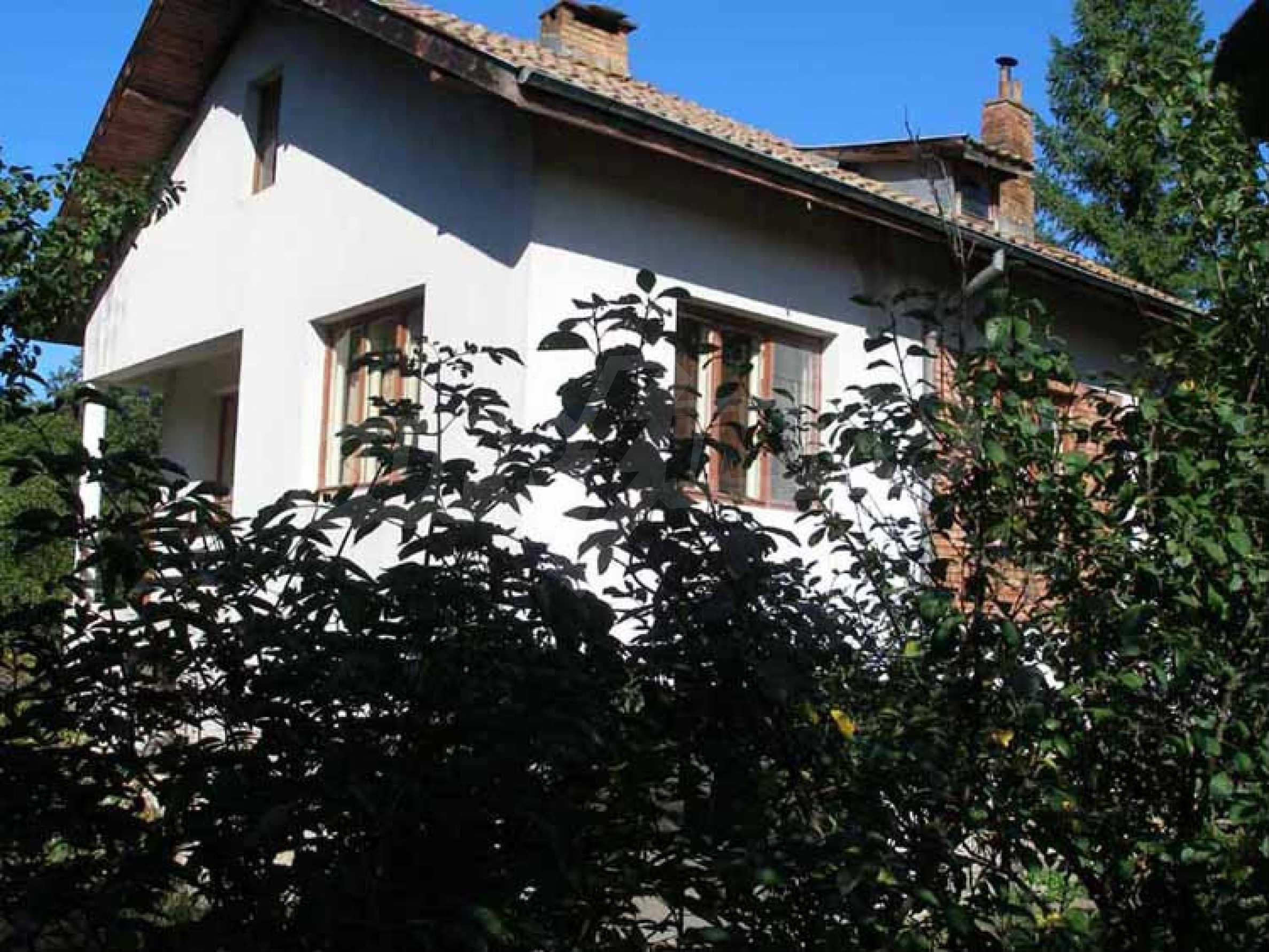 Neues Haus in einem ruhigen Dorf 3