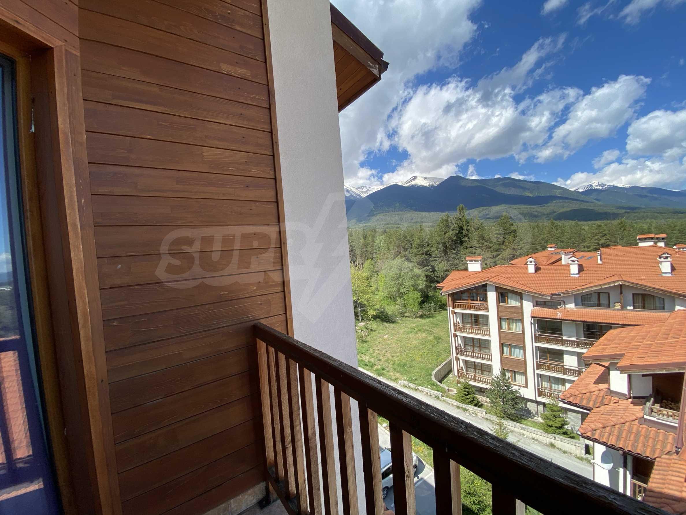 Апартамент с три спални с уникална панорамна гледка към Пирин планина в луксозен комплекс 20