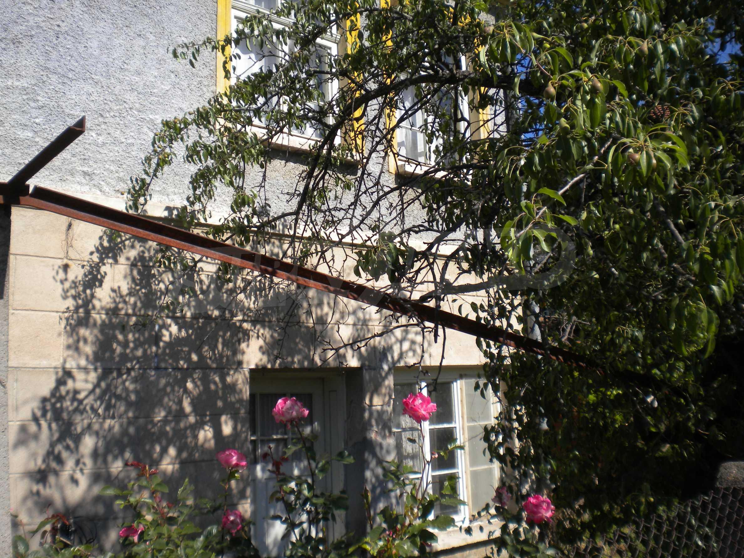 Къща на два етажа в полите на Стара планина близо до Белоградчик 24
