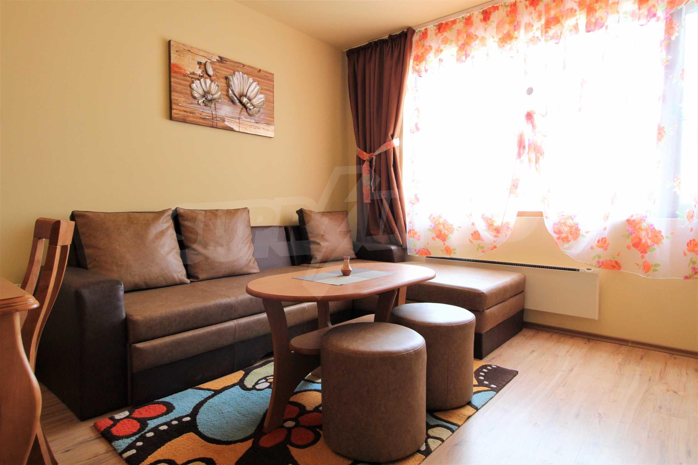 Нов едностаен апартамент в ски курорта Банско 1